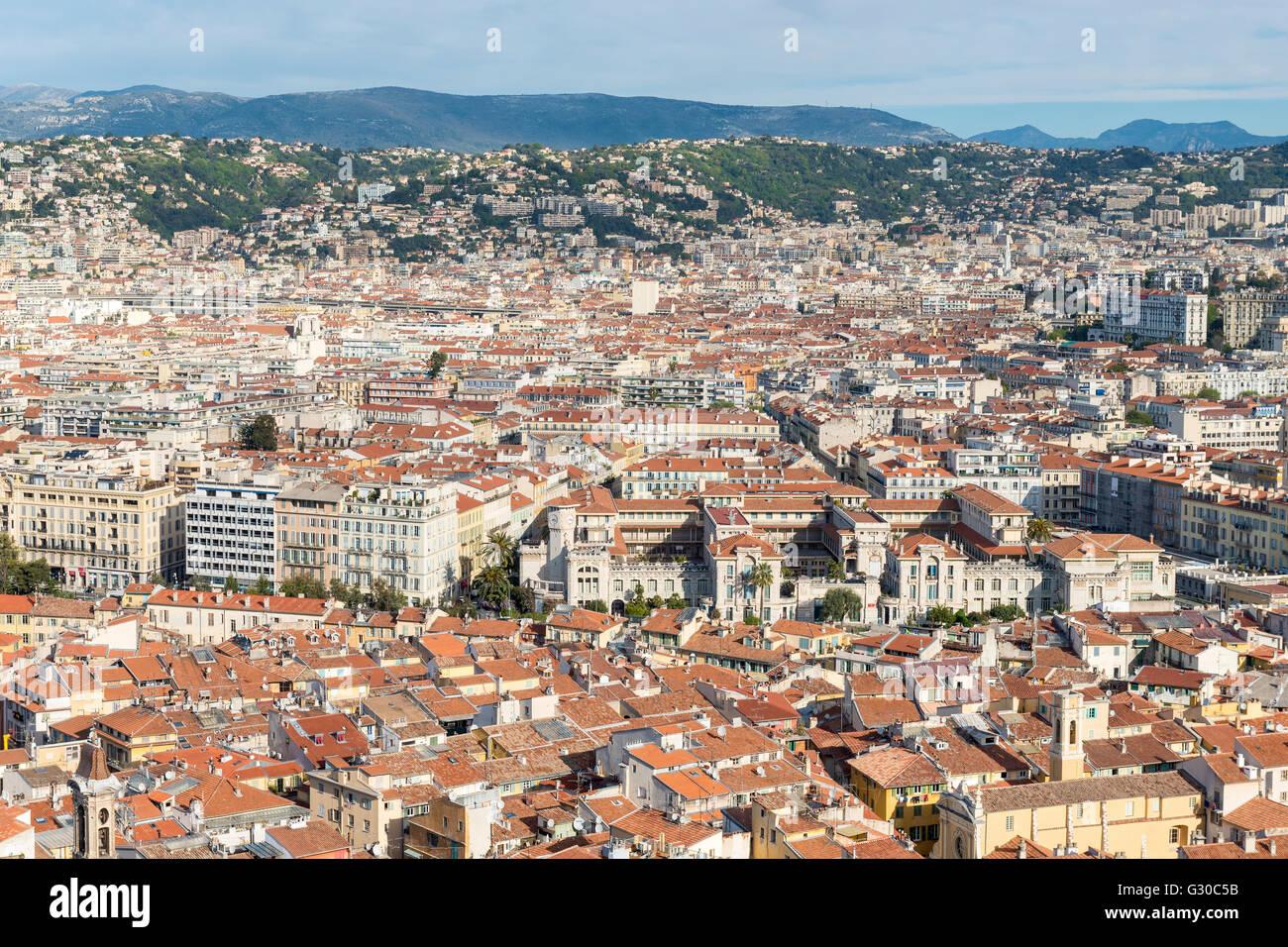 Stadtbild-Skyline-Blick über die Stadt von Nizza, Alpes Maritimes, Provence, Cote d ' Azur, Côte d Stockbild