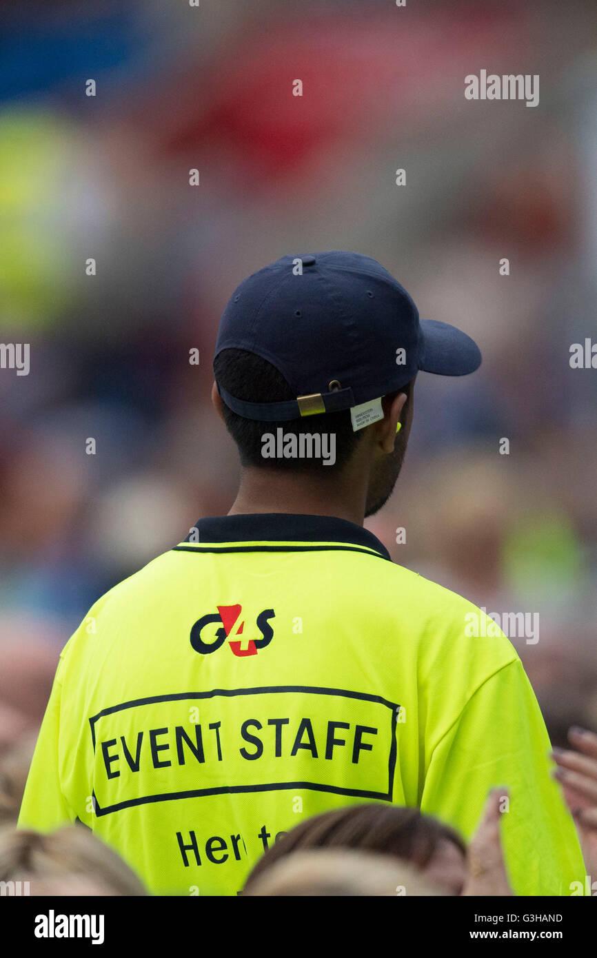 G4S Regierung Auftragnehmer Wachmann Aufrechterhaltung der Ordnung und Sicherheit bei einer Veranstaltung zu gewährleisten. Stockbild