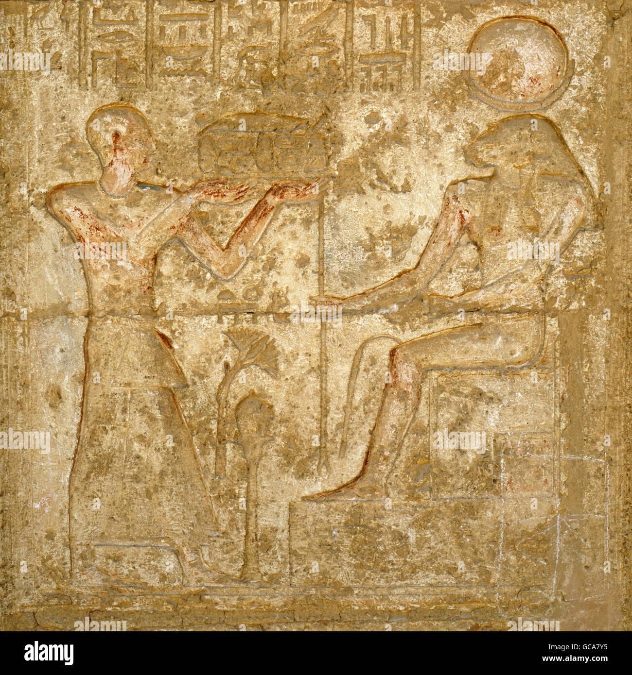 Bildende Kunst, antike, Ägypten, Tuna el-Gebel, Relief am Grab Tempel des Petosiris, Hohepriester des Thot, Stockbild