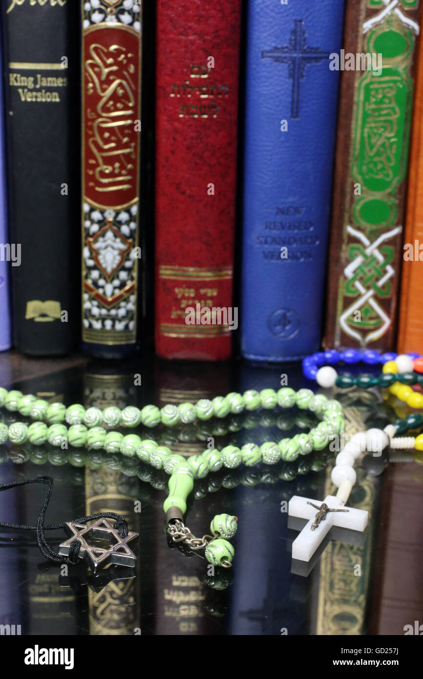 Christianity judaism islam stockfotos christianity for Haute kuki und die markise