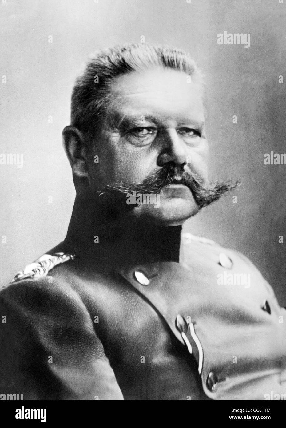 general paul von hindenburg essay Paul ludwig hans anton von beneckendorff und von hindenburg ( listen ), known universally as paul von hindenburg (german: [ˈpaʊl fɔn ˈhɪndn̩bʊɐ̯k] ( ) 2 oct.