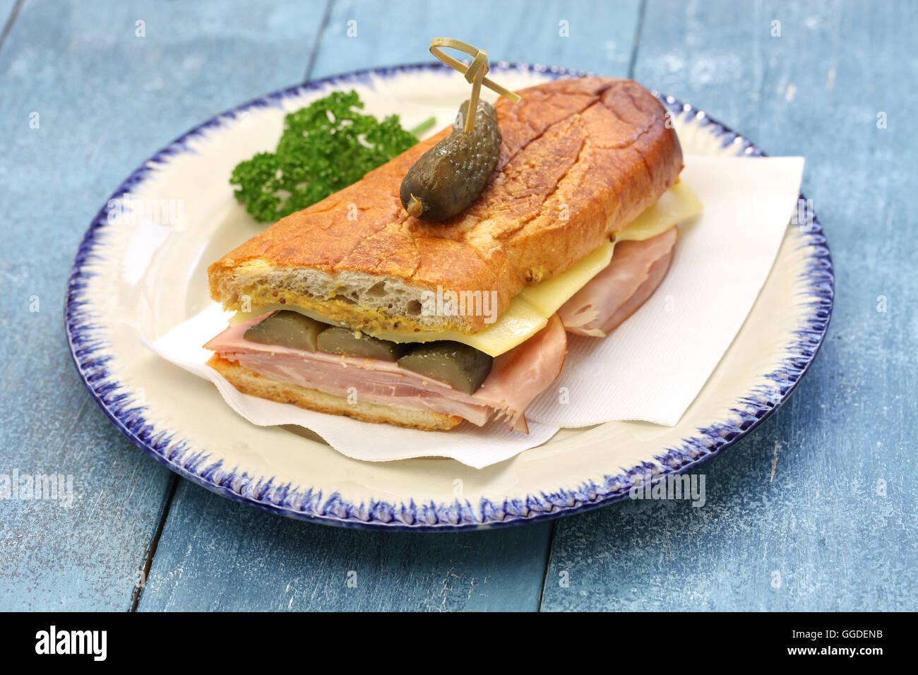 Cuban Sandwich, kubanische Mischung, Schinken und Käse Sandwich gedrückt Stockbild