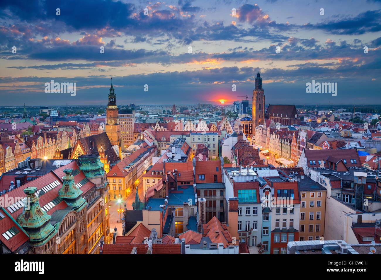 Wroclaw. Bild von Wroclaw/Breslau, Polen während der blauen Dämmerstunde. Stockbild