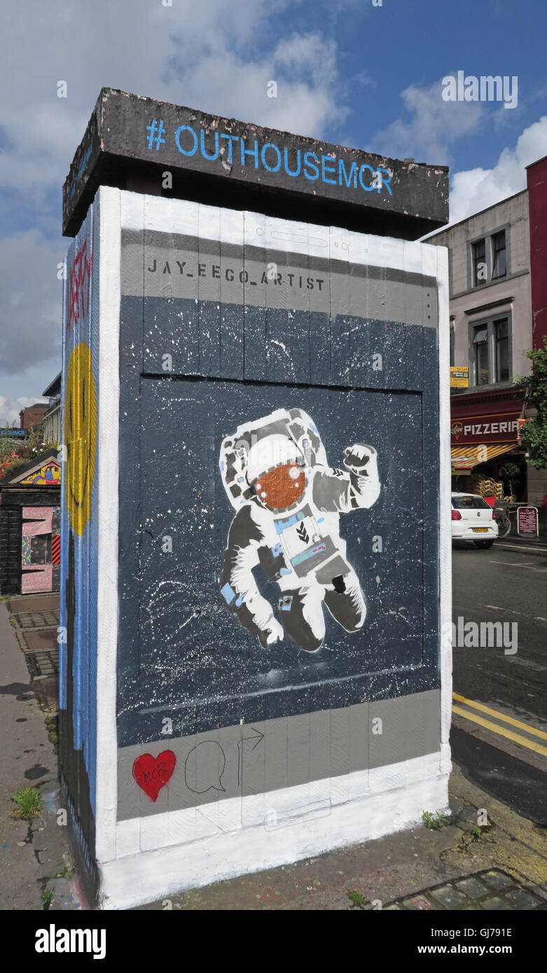 Laden Sie dieses Alamy Stockfoto Nördlichen Viertel Kunst in Stevenson Platz Manchester, UK - Wand Graffiti August2016 OUTHOUSEMCR - GJ791E