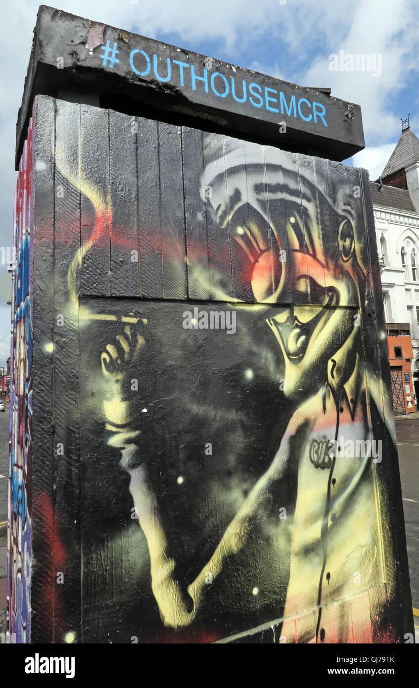 Laden Sie dieses Alamy Stockfoto Nördlichen Viertel Kunst in Stevenson Platz Manchester, UK - Wand Graffiti August2016 OUTHOUSEMCR - GJ791K