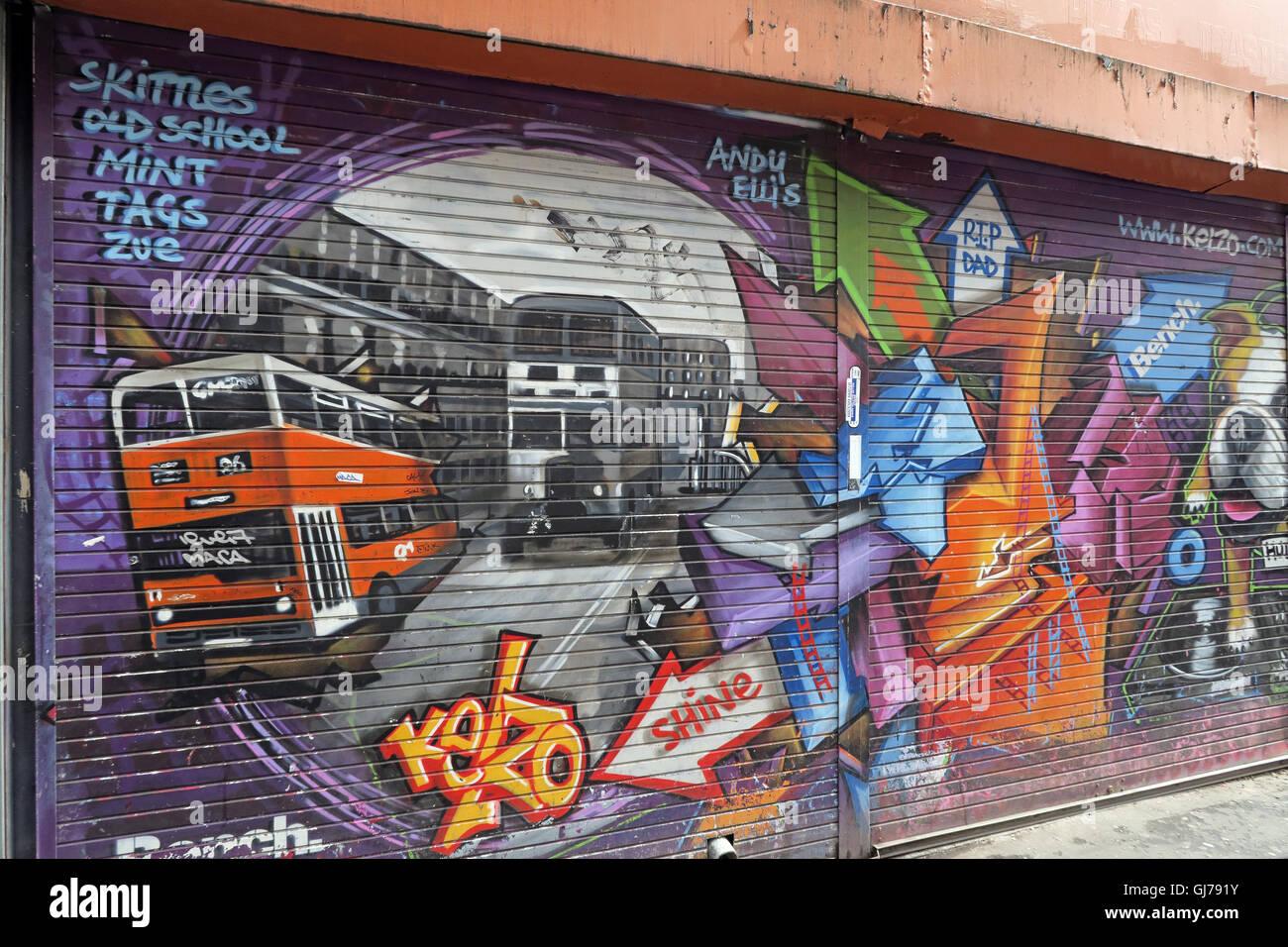 Laden Sie dieses Alamy Stockfoto Kelzo Manchester Wandbild in Shutter, Koffee Topf, nördlichen Viertel Artwork, NQ, Manchester, North West England, Großbritannien, M1 1JR - GJ791Y