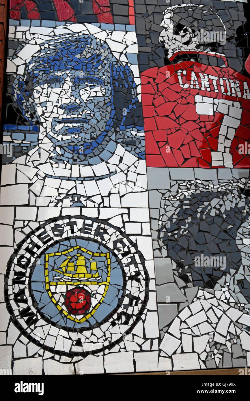 Laden Sie dieses Alamy Stockfoto Afflecks Palace Manchester Fußball-Helden, Colin Bell, Cantona, MCFC - GJ799X