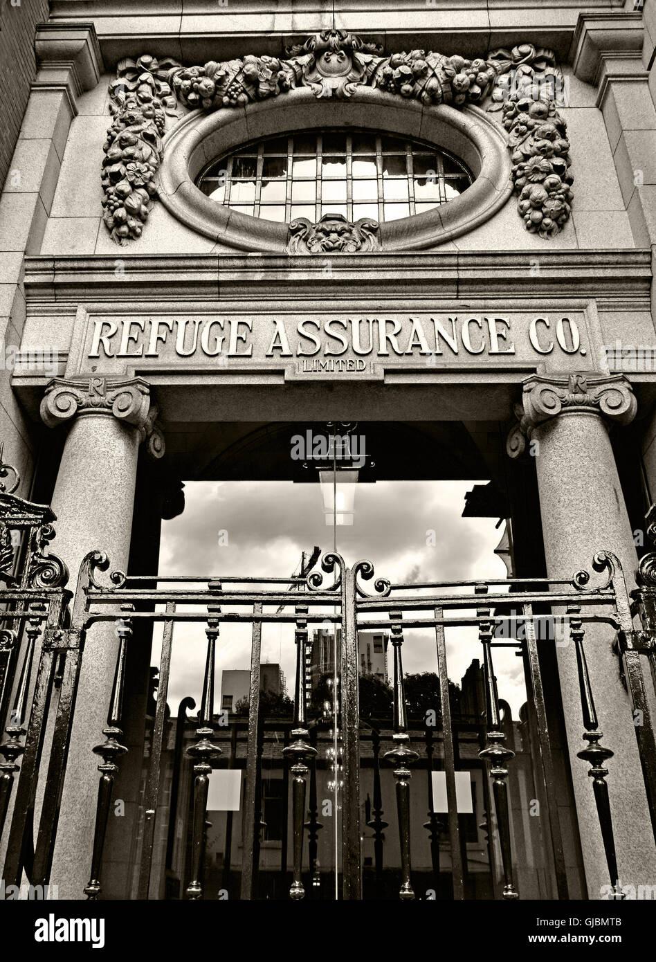 Laden Sie dieses Alamy Stockfoto Sepia Refuge Assurance Bürogebäude, Oxford Road Manchester, - GJBMTB