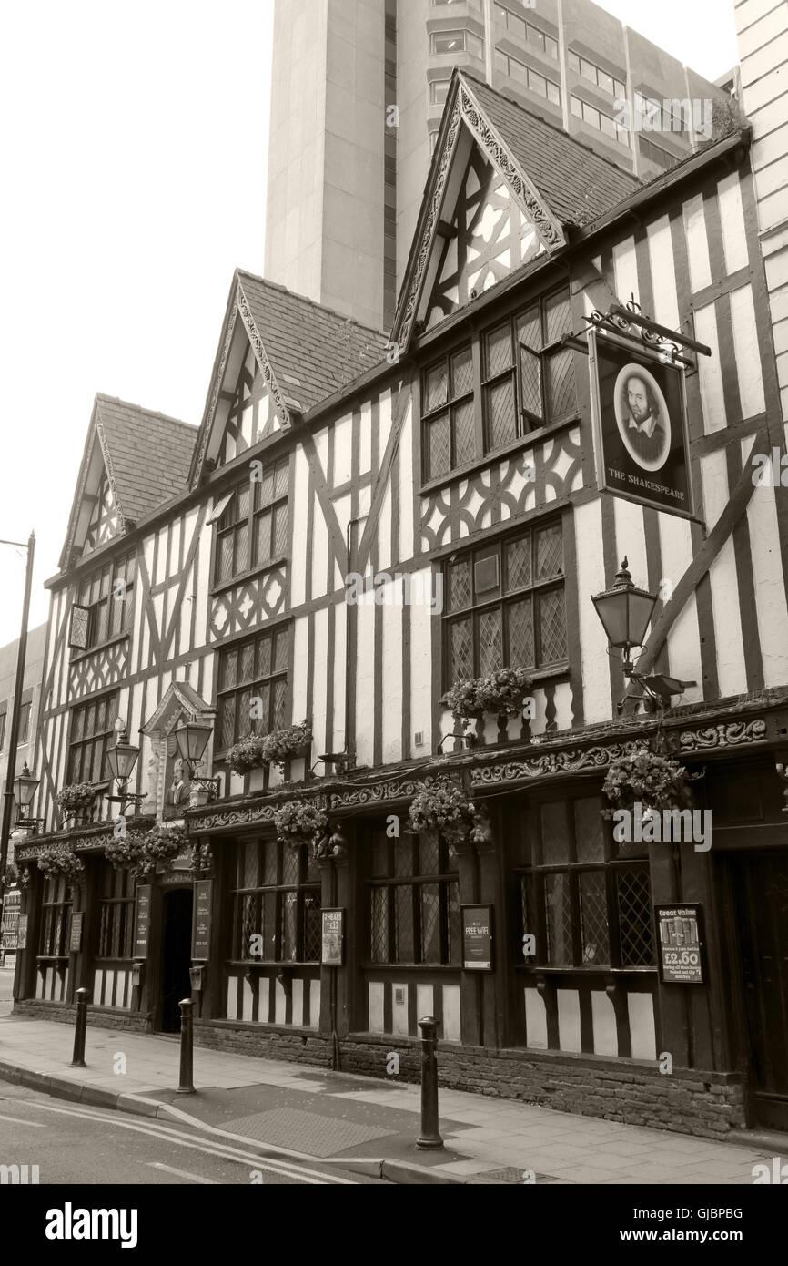 Laden Sie dieses Alamy Stockfoto Sepia Shakespeare historischen Pub, 16 Brunnen St, City Centre, Manchester M2 2AA - GJBPBG