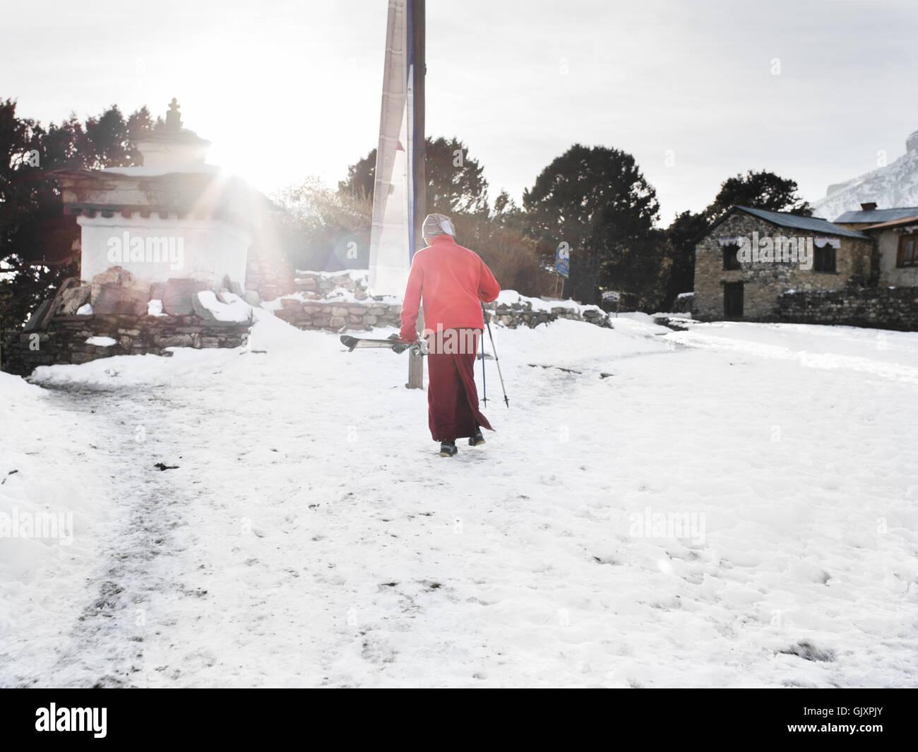 Ein Mönch im Kloster Tengboche in Nepal Everest Base Camp Ski Stockbild