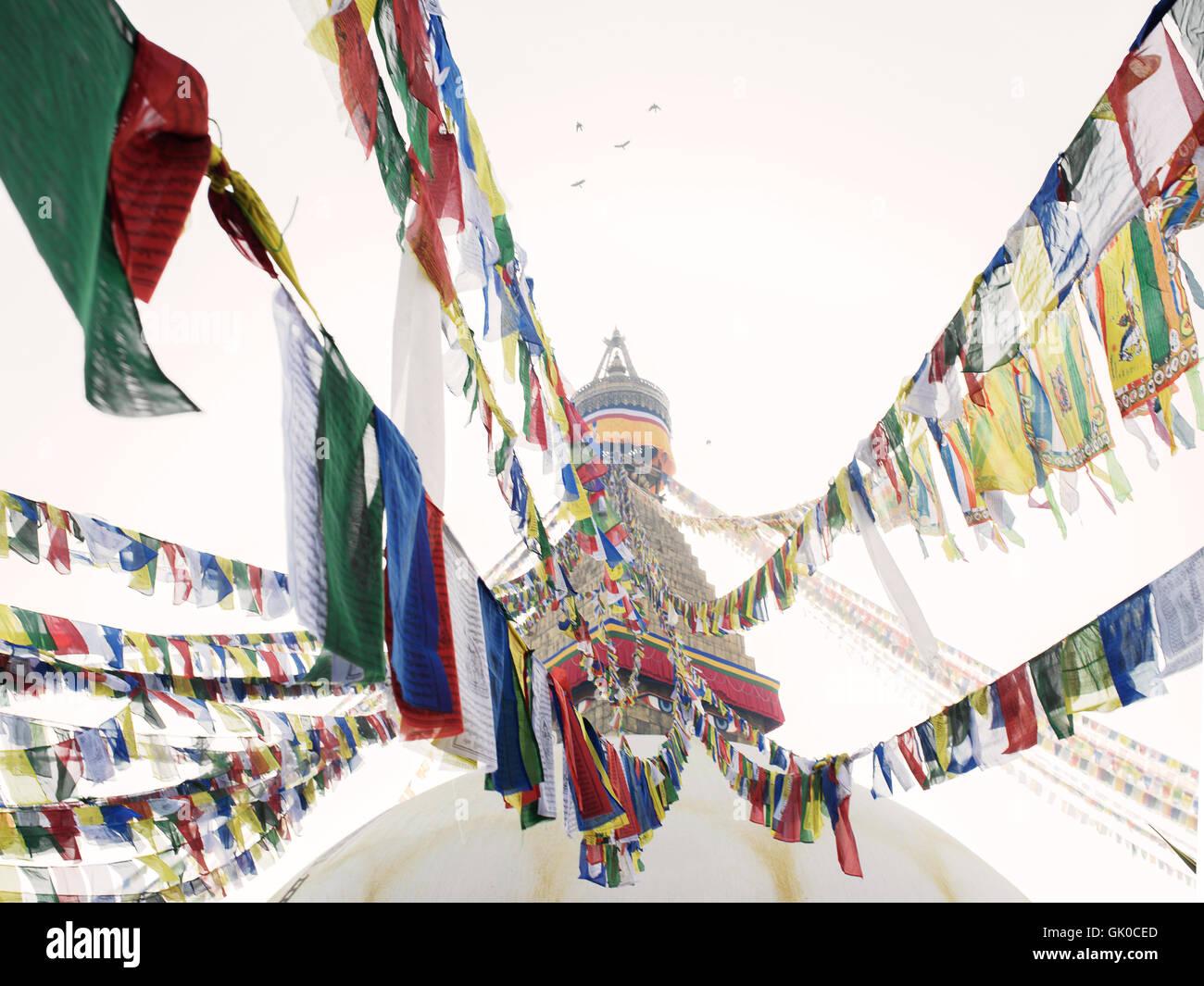 Gebetsfahnen im Boudhanath Tempel in Kathmandu, Nepal. Stockbild