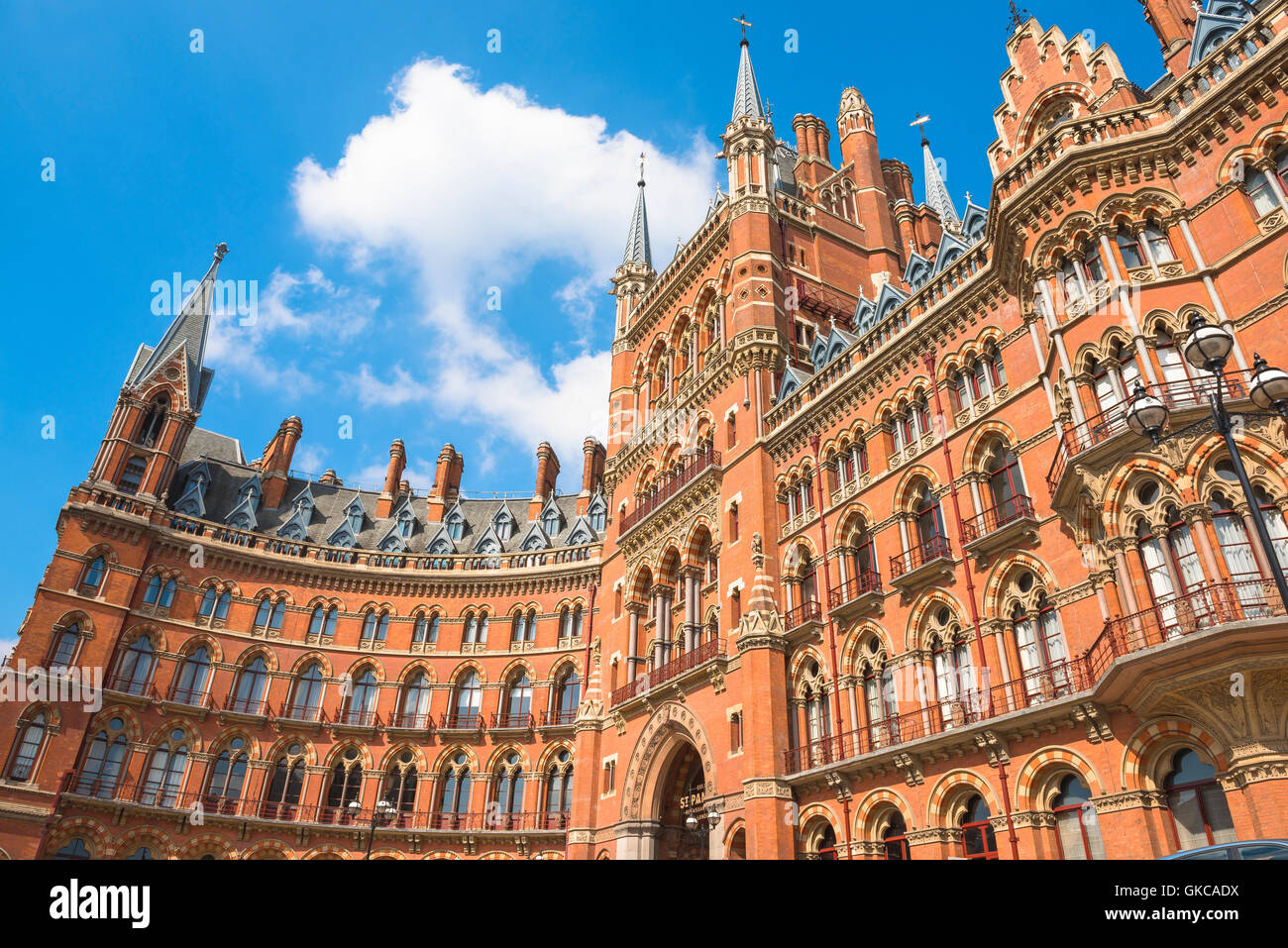 Viktorianische Architektur, London, viktorianischen neugotischen Stil St Pancras Comfort Inn Kings Cross, London, Stockbild
