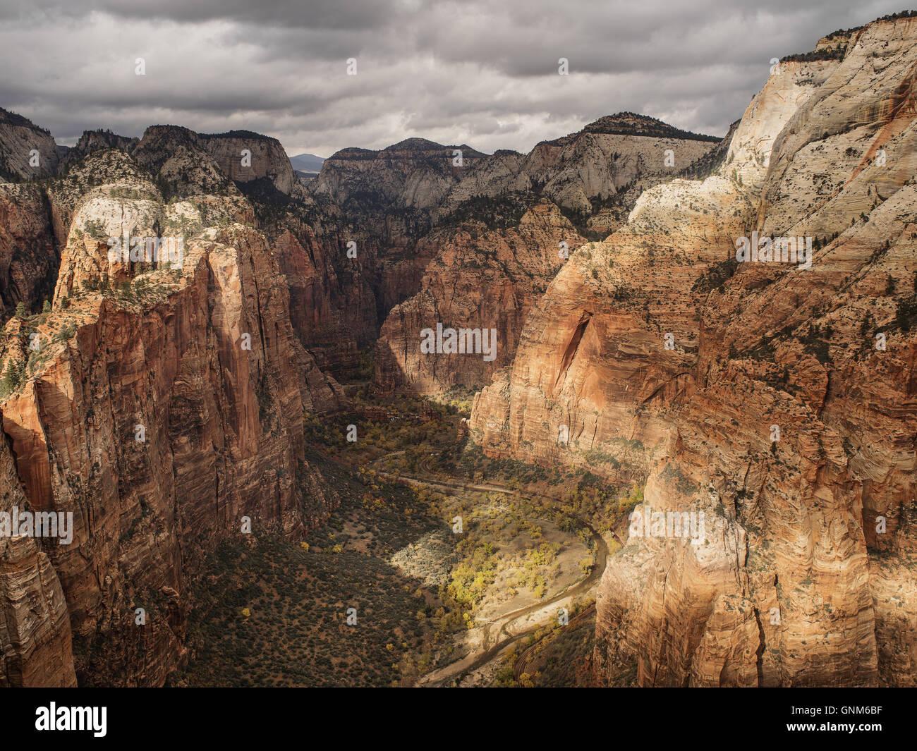 Roten Berge in Zion National Park in Utah Stockbild