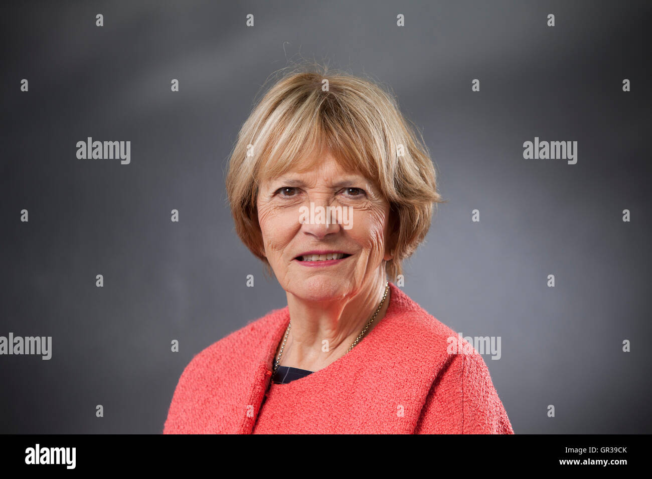 Joan Bakewell, DBE, der britische Autor, Journalist, TV-Moderatorin und Labour Party Peer, auf dem Edinburgh International Stockbild