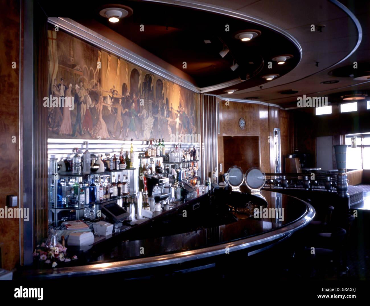 Queen Mary Beobachtung Bar, Art Deco Zimmer mit Wandbild ...