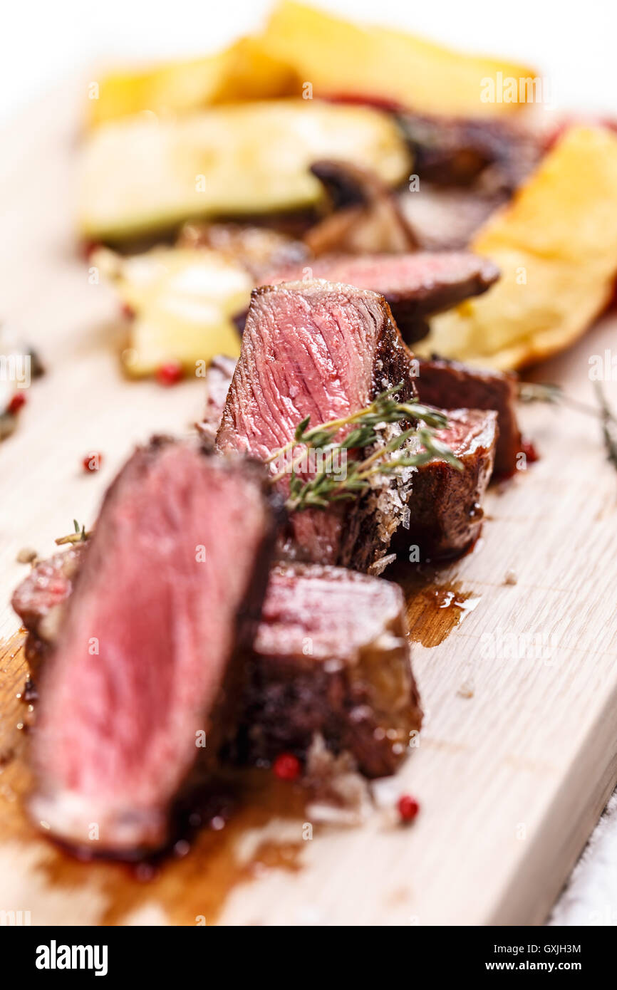 Nahaufnahme von Medium gebratenes steak Stockbild
