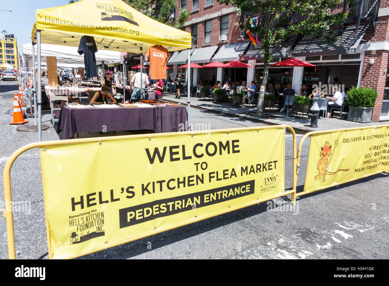 Manhattan New York City NYC NY Hölle Küche Hells Kitchen Flea Market ...