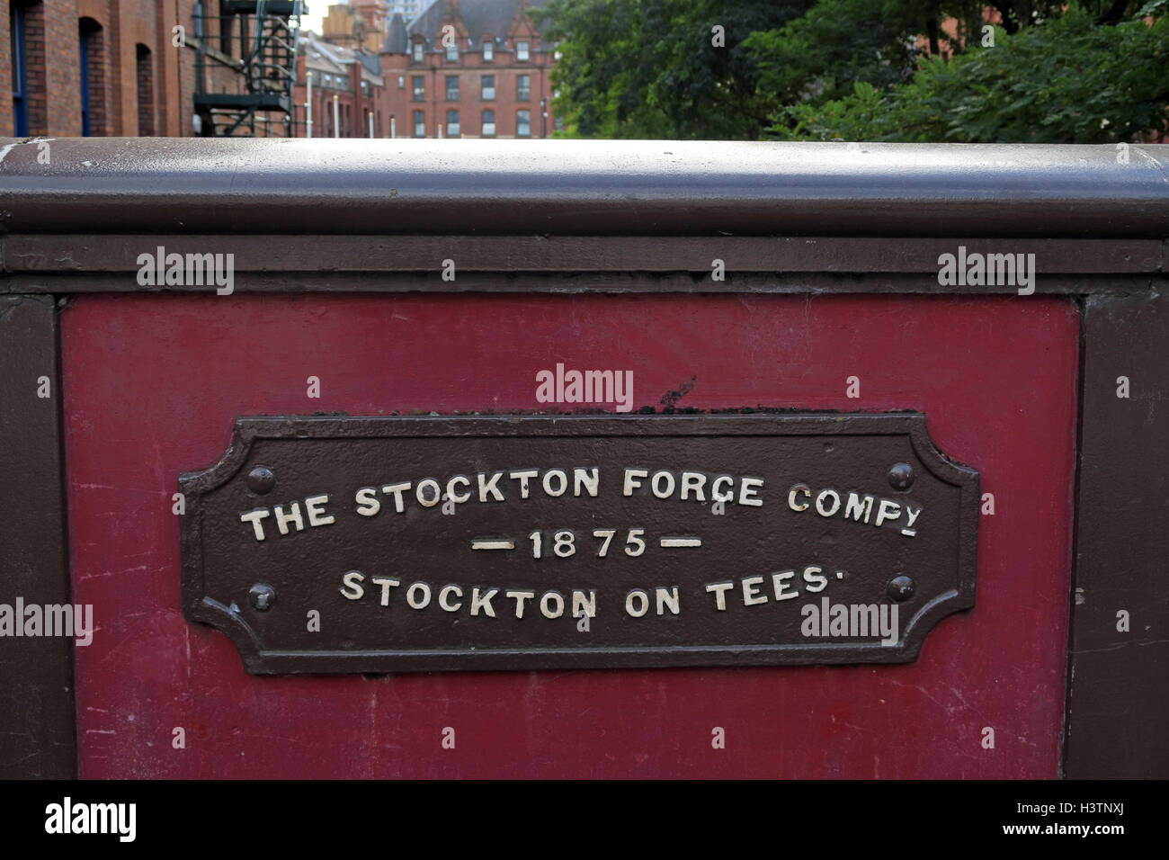 Laden Sie dieses Alamy Stockfoto Stockton Forge Company, Canal St Gay Village, Manchester, England - H3TNXJ