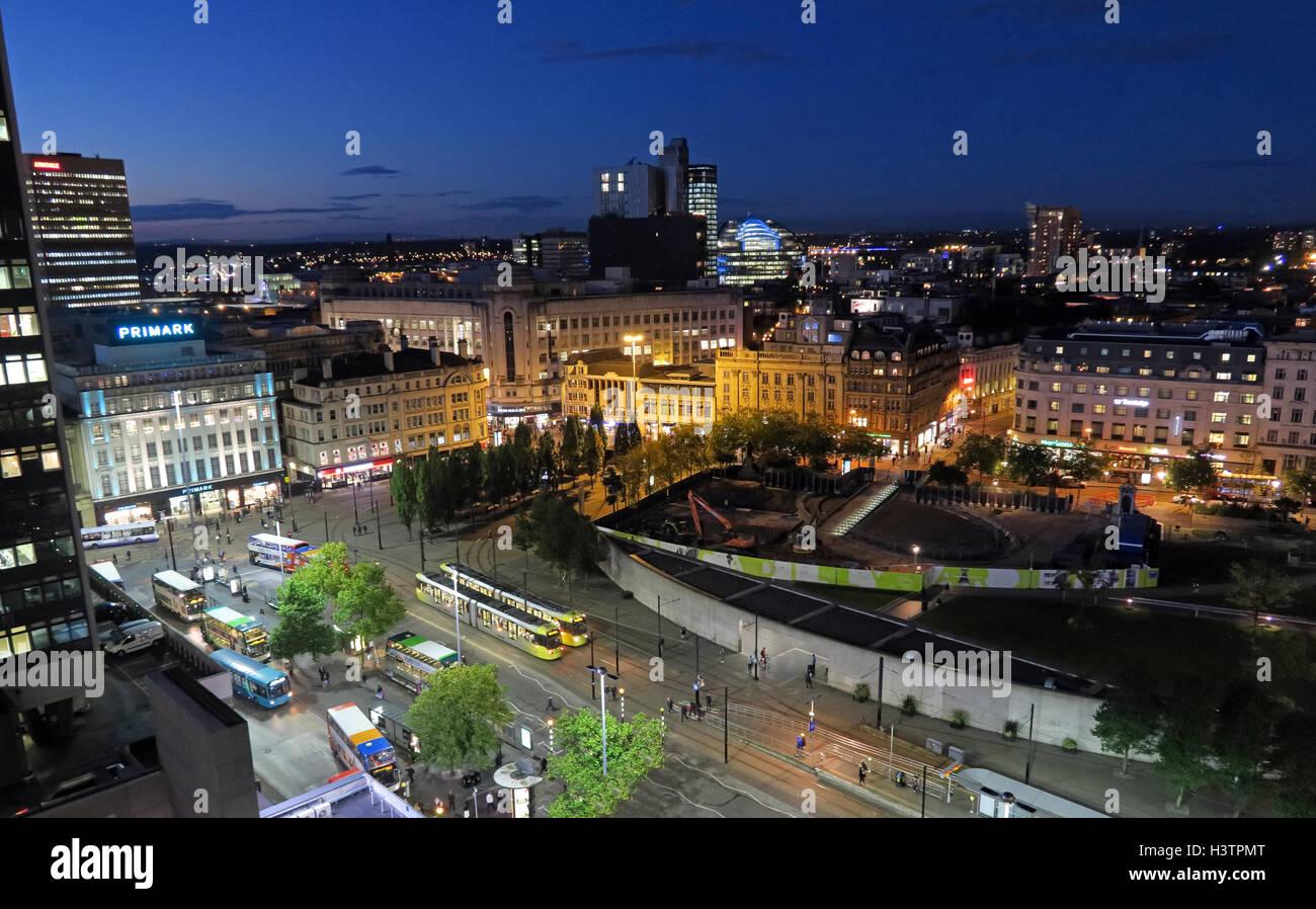 Laden Sie dieses Alamy Stockfoto Manchester City Nacht Panorama, Lancashire, England, tagsüber - H3TPMT