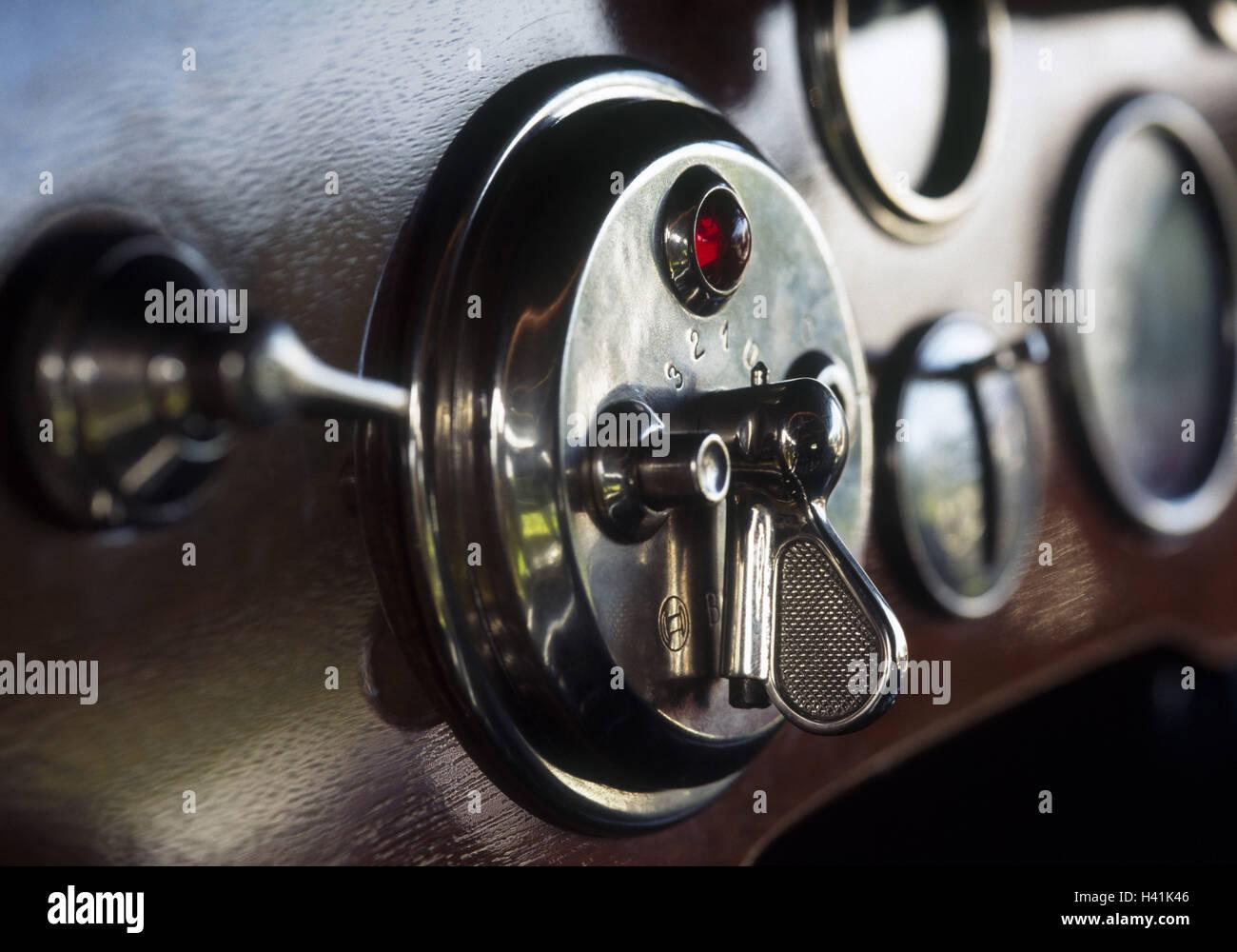 Armaturenbrett oldtimer  Auto, Oldtimer, innen, Detail, Armaturenbrett, Holz, Schalter ...