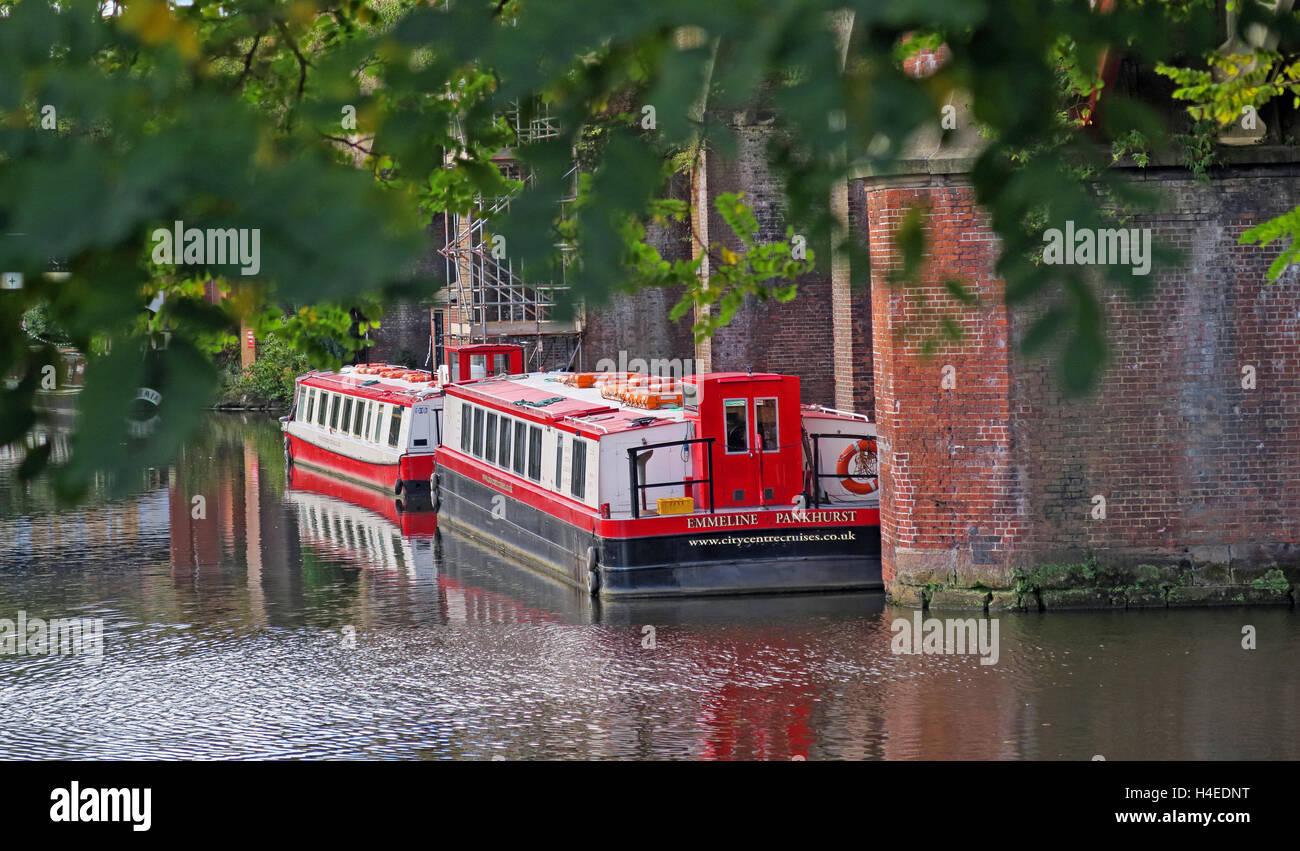 Laden Sie dieses Alamy Stockfoto Emmeline Pankhurst Lastkahn, Bridgewater Canal, Deansgate, Castlefield, Manchester, North West England, Großbritannien - H4EDNT