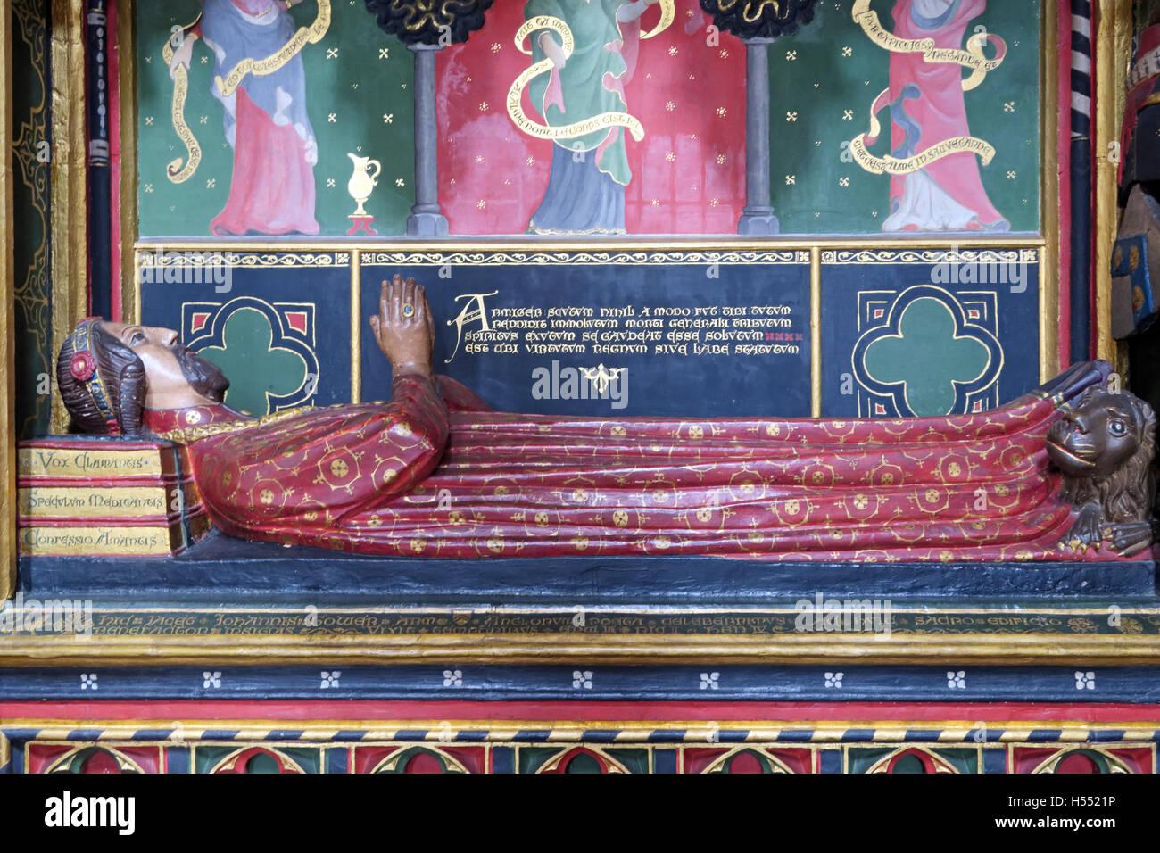 Laden Sie dieses Alamy Stockfoto Grab von John Gower, Southwark Cathedral, London, England, UK - Detail der Statue - H5521P