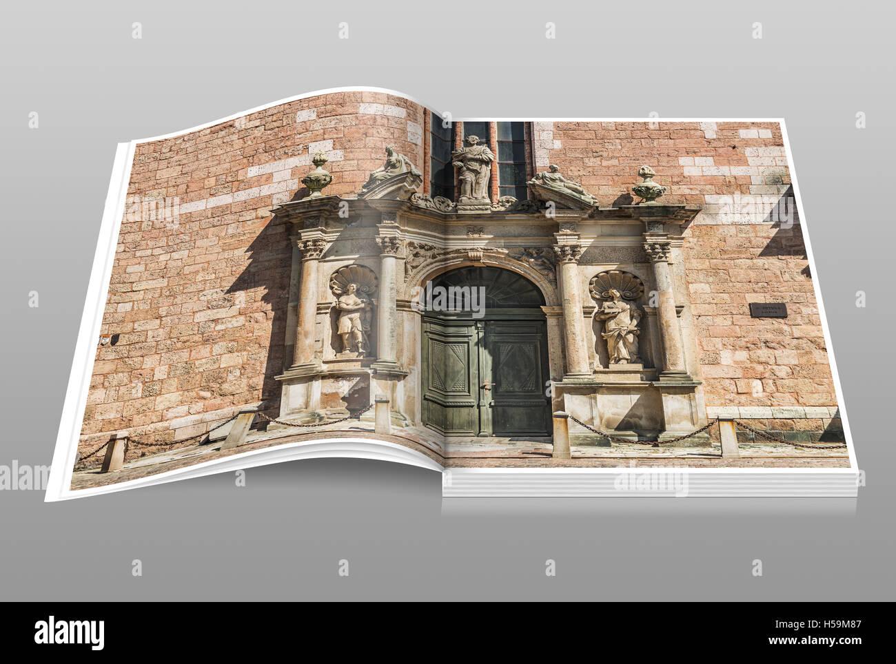 Portal der St. Peter Kirche. Die Kirche wurde erstmals erwähnt im Jahr 1209, Riga, Lettland, Baltikum, Europa Stockbild