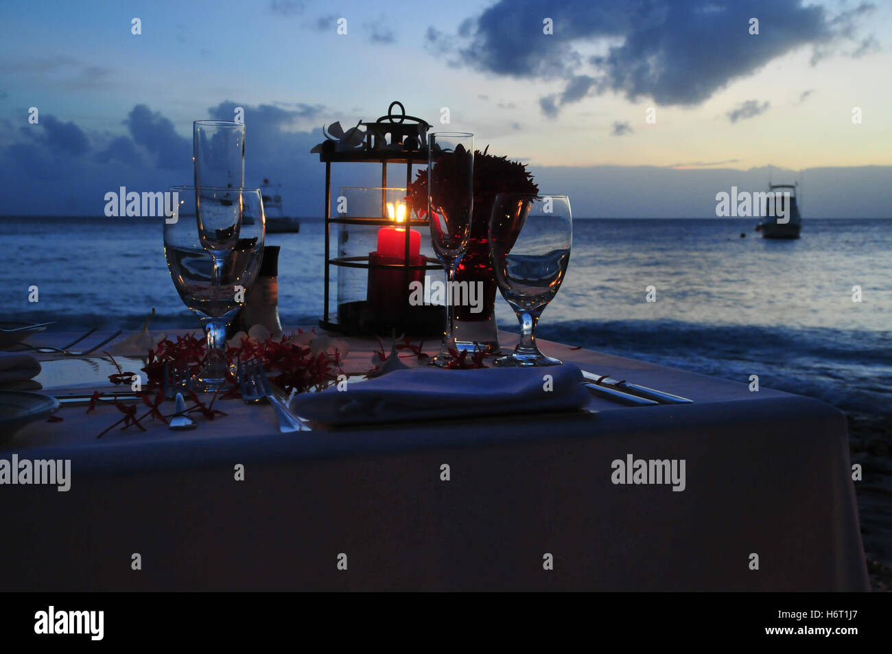 Strand Meer Küste Romantik Karibik verprasst Abfall Strandrestaurant bar Taverne Urlaub Urlaub Ferien Stockbild
