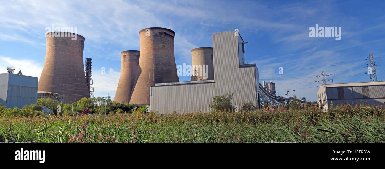 Laden Sie dieses Alamy Stockfoto Fiddlers Ferry Kraftwerk Türme, Warrington, Cheshire, England, UK - H8FKDW