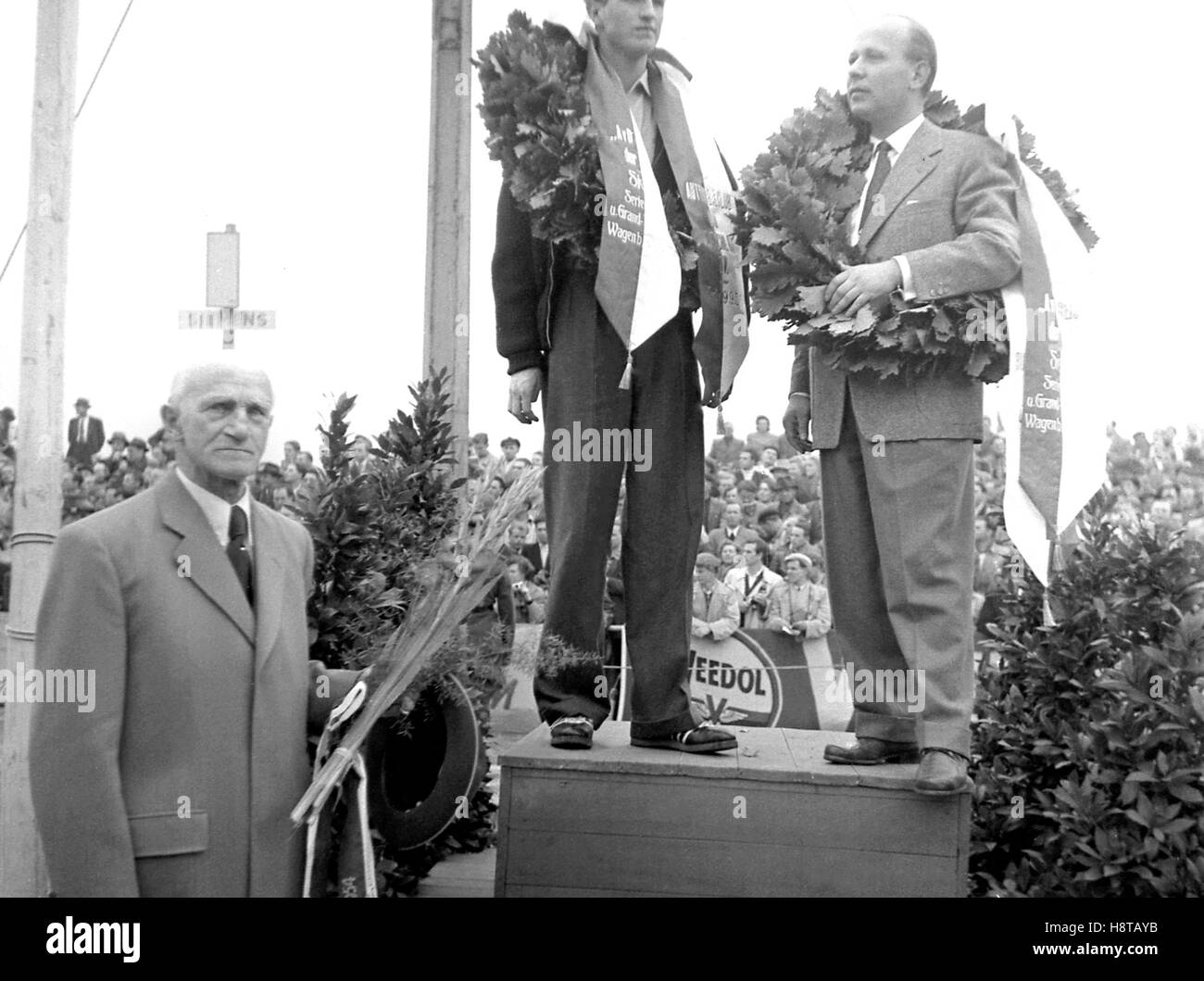 1954 BERLIN GP KLEINERE RENNEN GEWINNER PODIUM Stockbild