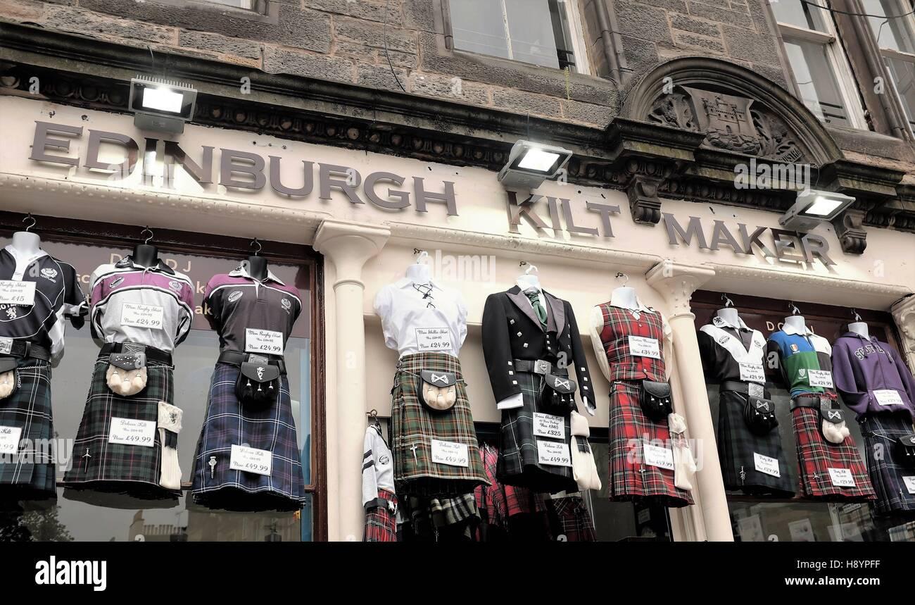 Shop von einem Edinburgh Kilt Maker traditionelle Kleidung verkaufen. Stockbild