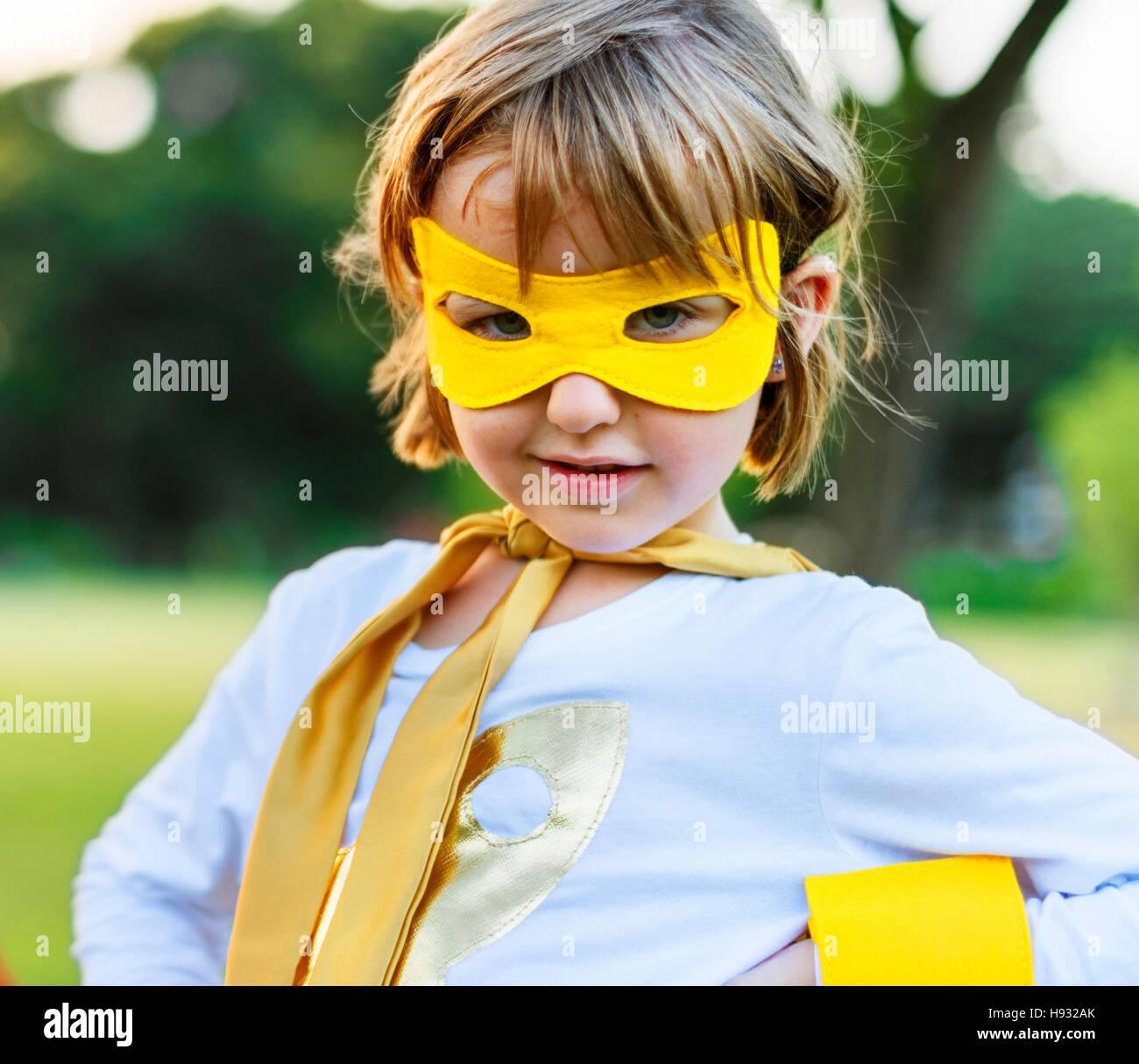 Kind Freunde jungen Mädchen Glück Natur fröhlich Konzept Stockbild