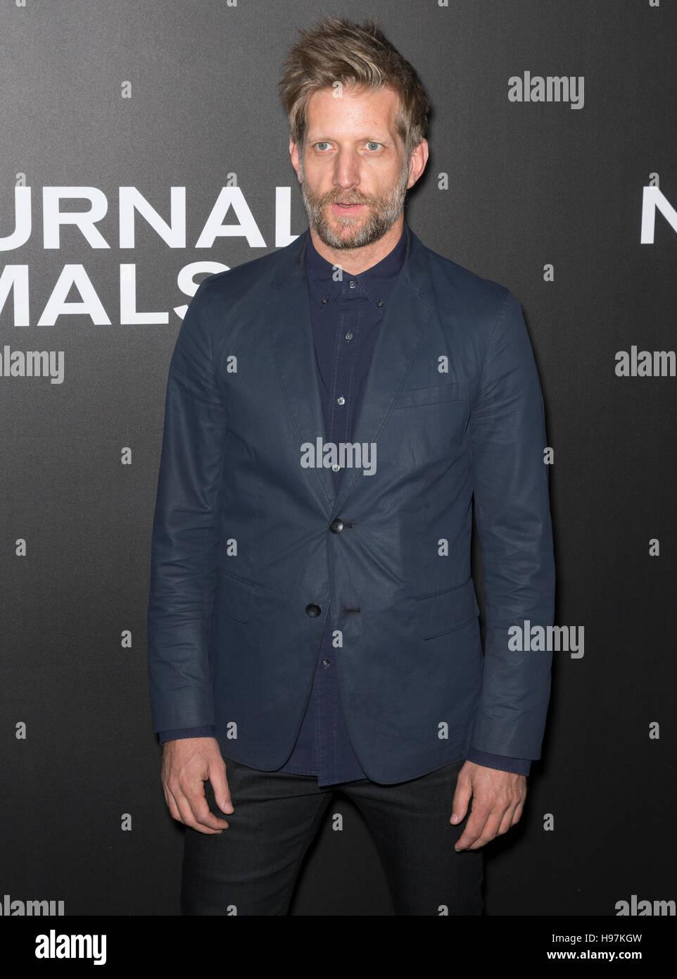 New York City, USA - 17. November 2016: Schauspieler Paul Sparks besucht die 'Nachttiere' NewYork-Premiere Stockbild