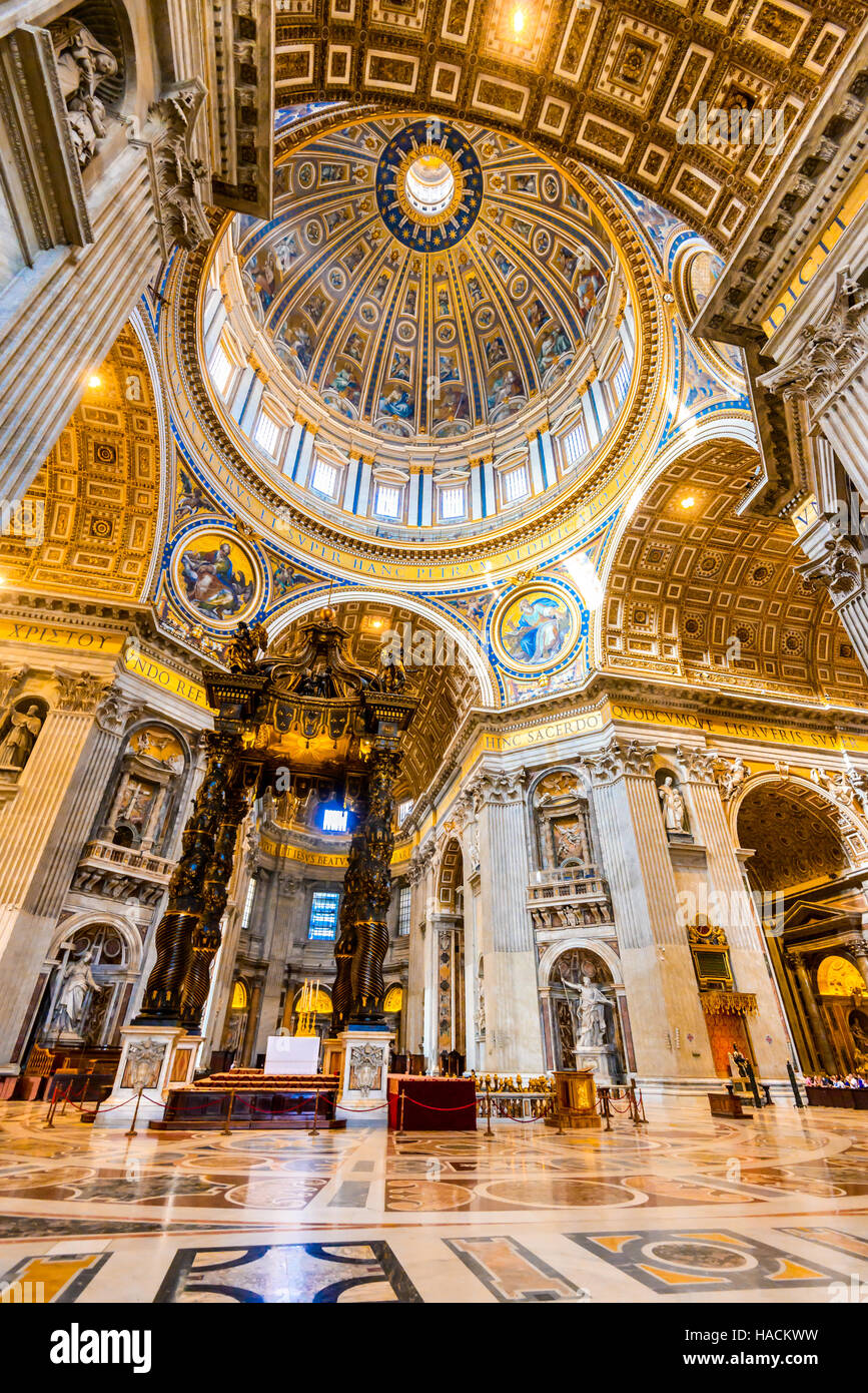Rom, Italien. Innere Bild der Kuppel Saint Peters Basilica, Renaissance-Architektur der Roma. Vatikan. Stockbild