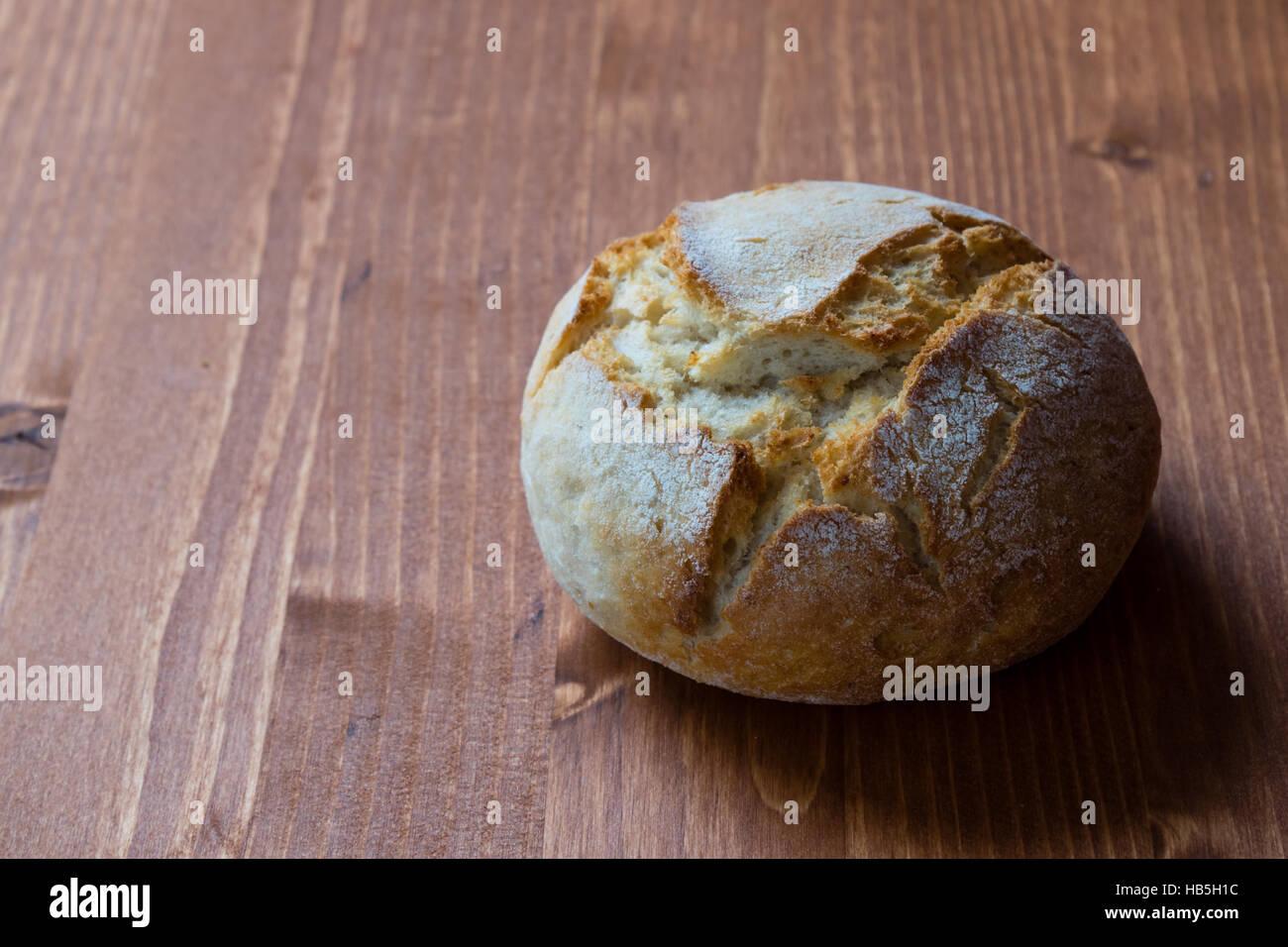 Runde frisches Brot Brötchen Stockbild
