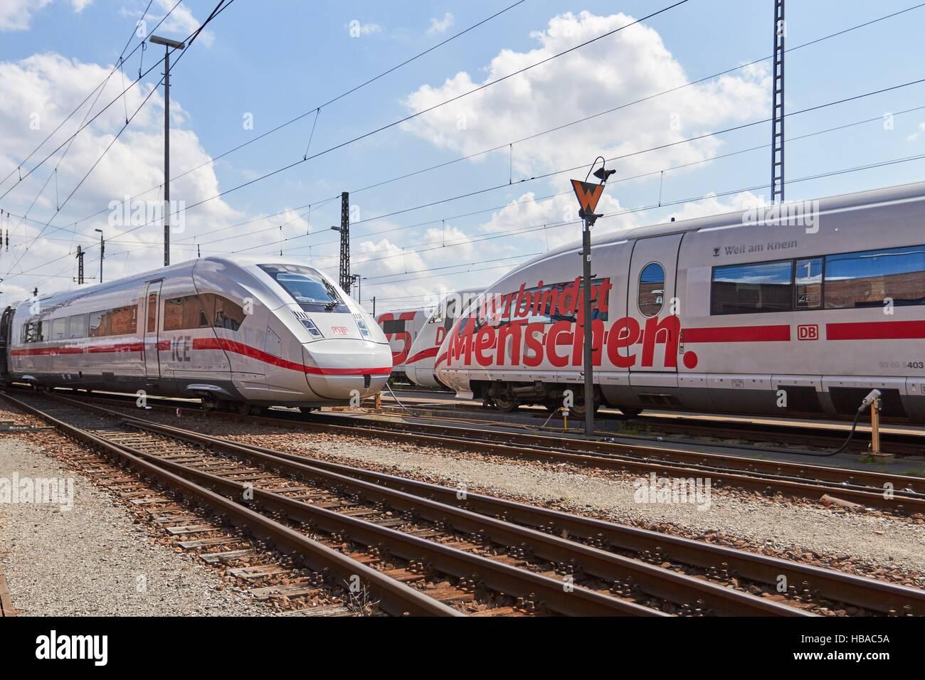 Deutsche Bahn: ICE-Züge in Berlin-Grunewald Stockfoto