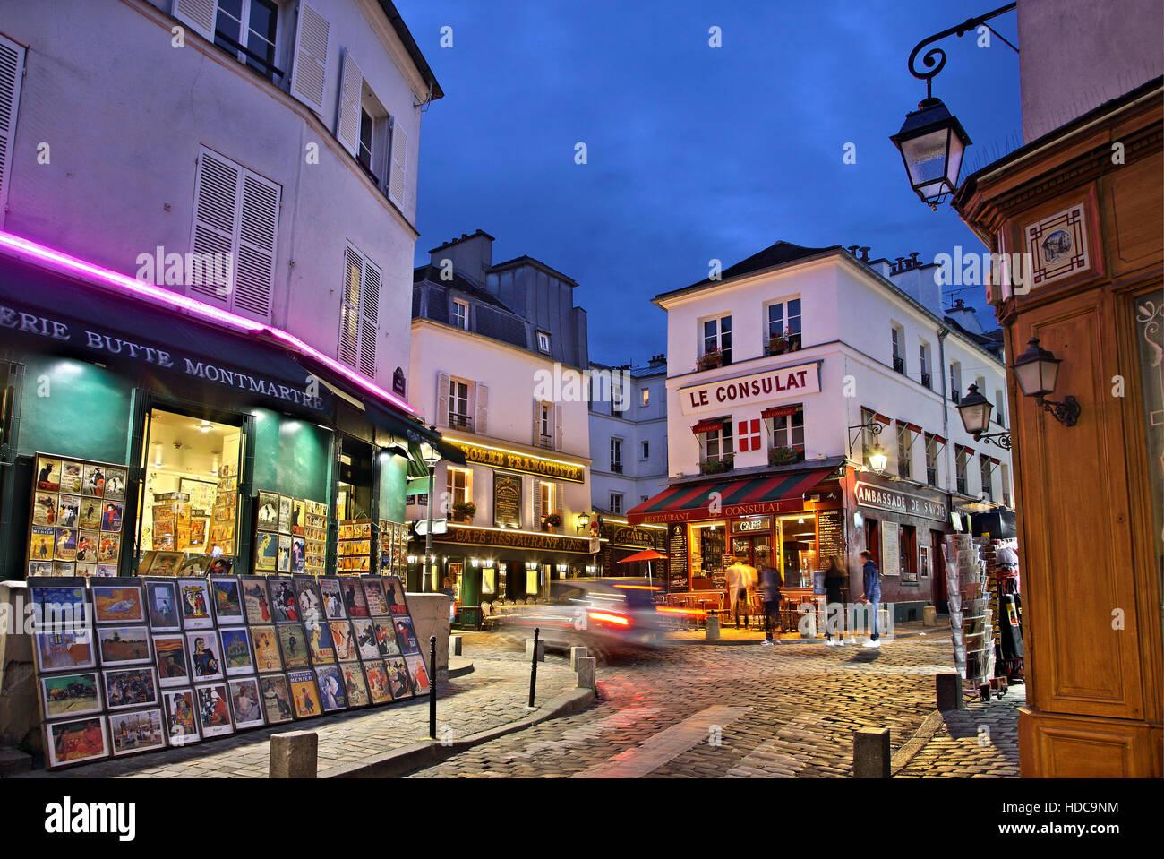 Wandern in den malerischen Gassen das Künstlerviertel Montmartre, Paris, Frankreich Stockbild