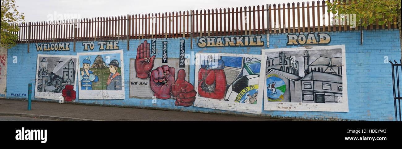 Laden Sie dieses Alamy Stockfoto Willkommen in der Shankill Road Panorama - International Friedensmauer Cupar Weg, West Belfast, Nordirland, Vereinigtes Königreich - HDEYW3