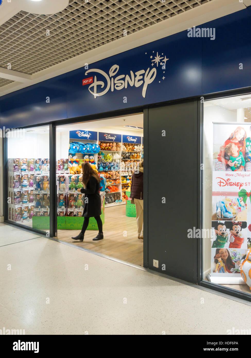 Pop-up temporäre Disney Shop Verkauf Kinder Spielzeug und Spiele vor ...