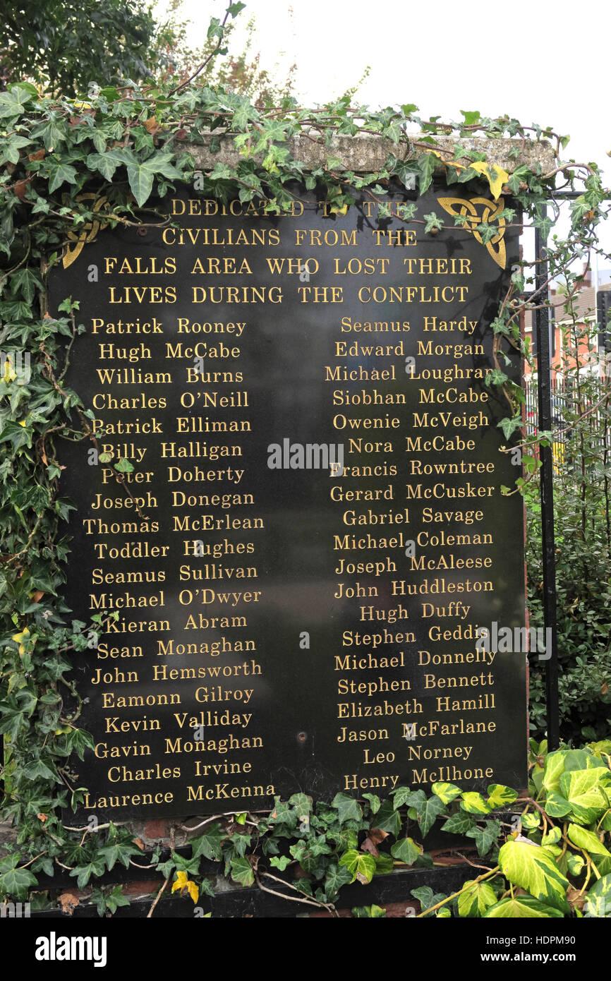 Laden Sie dieses Alamy Stockfoto Fällt Rd Engagement, Garten der Erinnerung, IRA-Mitglieder getötet, auch verstorbenen Ex-Häftlinge, West Belfast, NI, UK - HDPM90