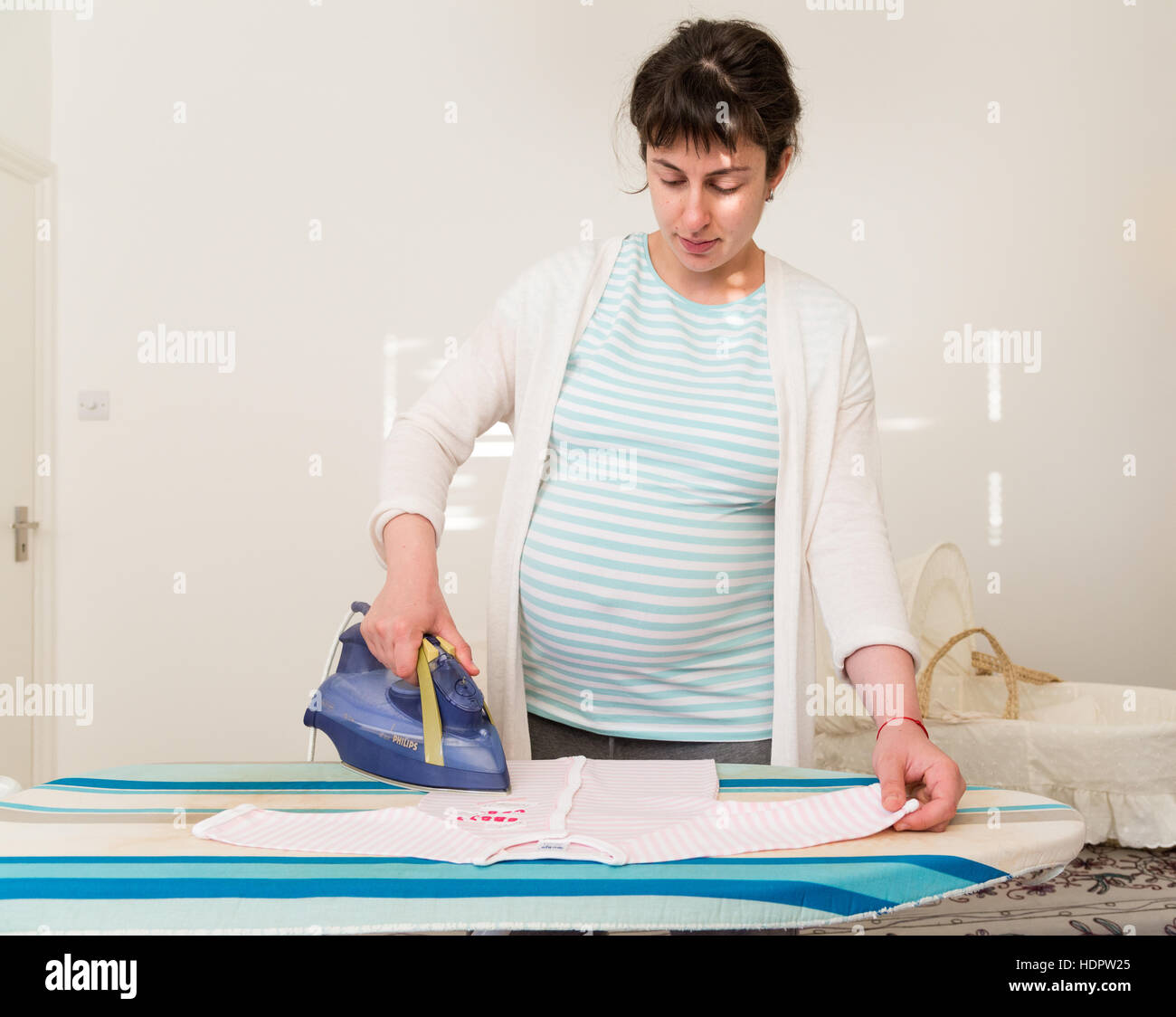 ironing stockfotos ironing bilder alamy. Black Bedroom Furniture Sets. Home Design Ideas
