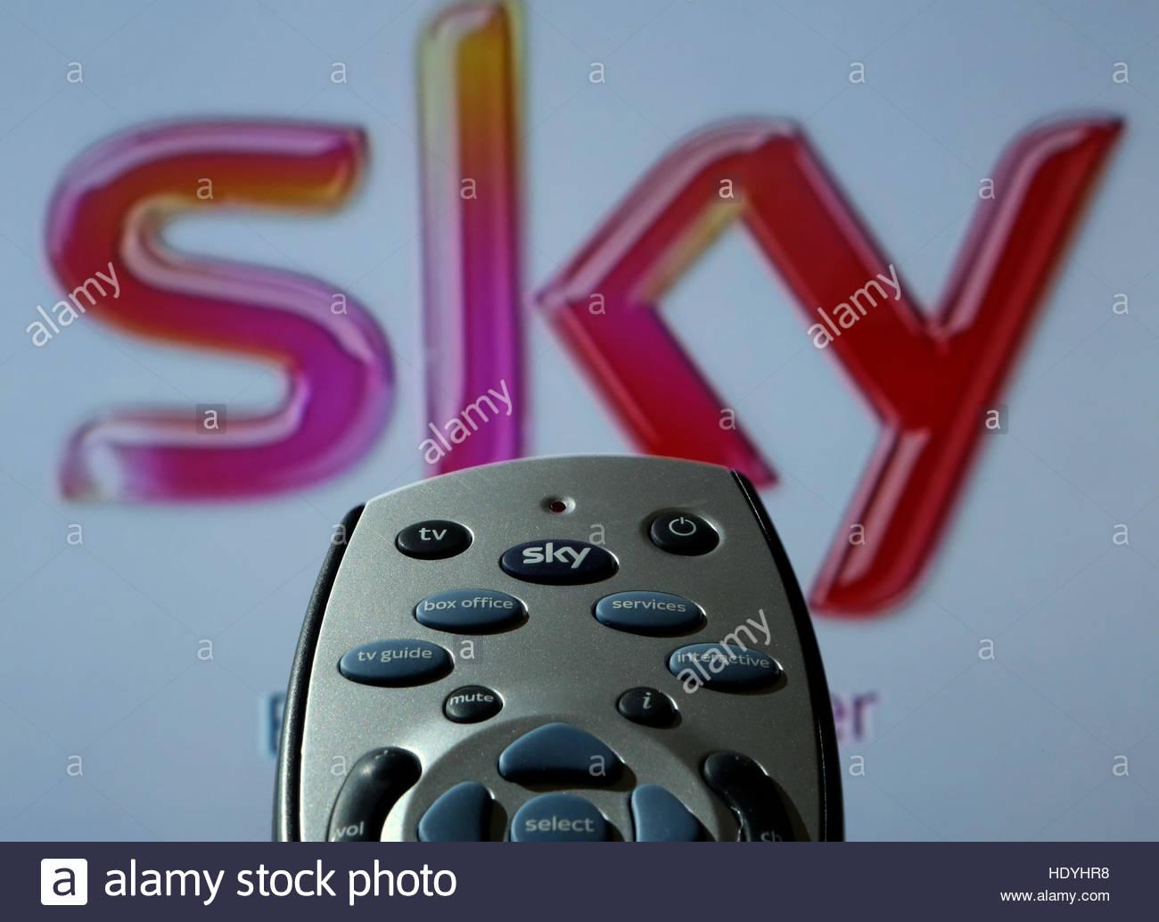 Undatierte Foto einer Sky-HD-TV-Fernbedienung als Rupert Murdochs 21st Century Fox hat eine formale £ 11,7 Stockbild