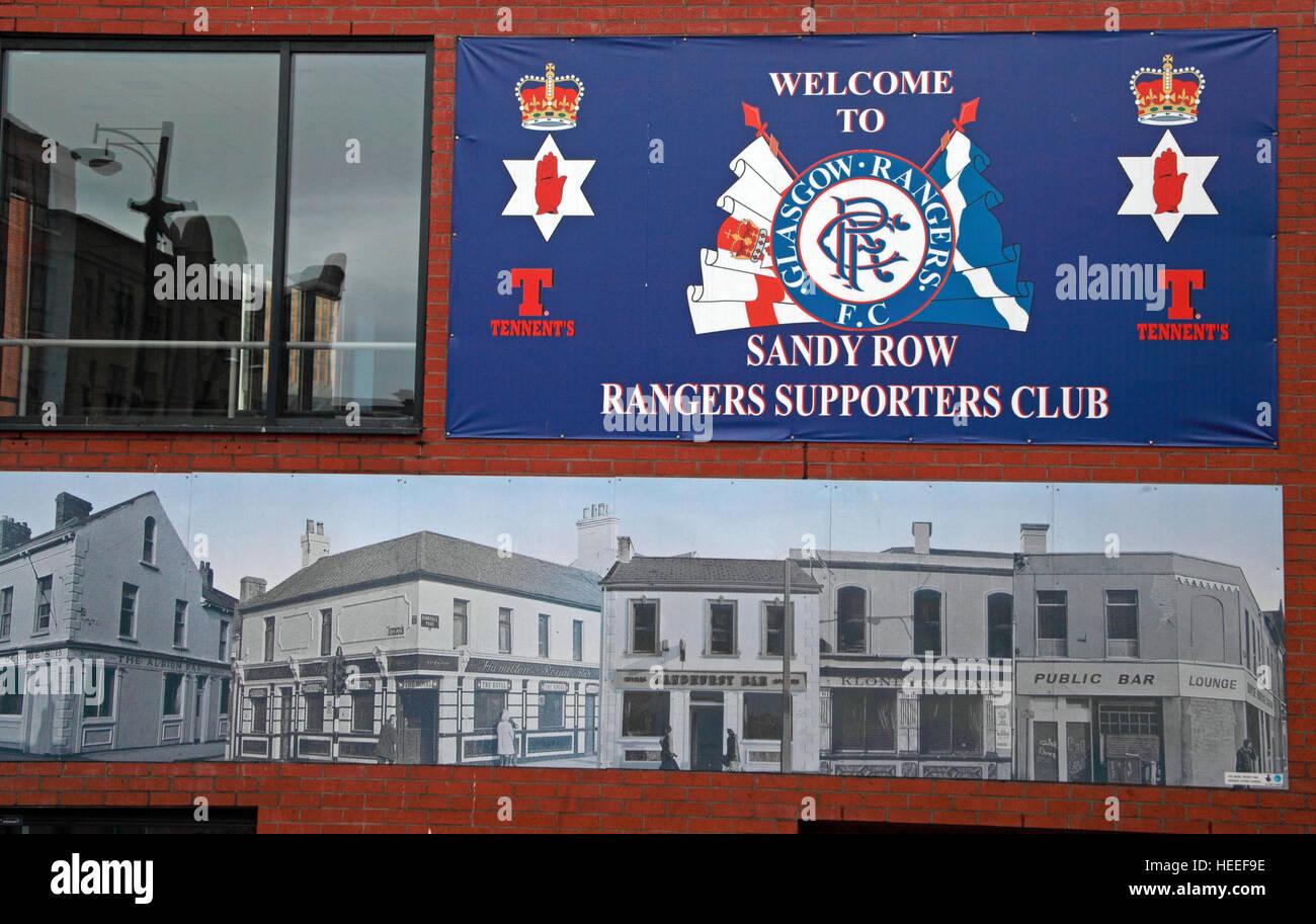Laden Sie dieses Alamy Stockfoto Belfast Unionist, Loyalist Sandy Row, Rangers FC Supporters Club - HEEF9E