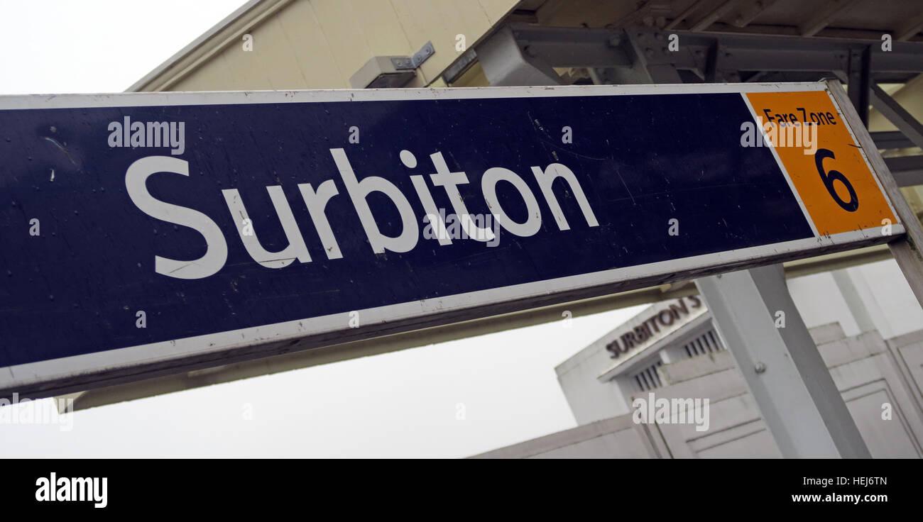 Laden Sie dieses Alamy Stockfoto Surbiton Bahnhof, SW Züge, West London, England, UK fare Zone 6 - HEJ6TN