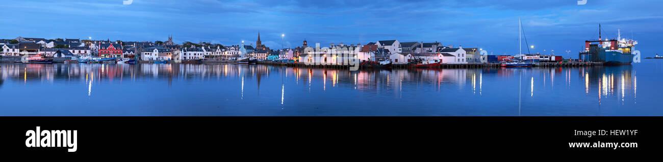 Laden Sie dieses Alamy Stockfoto Stornoway Isle Of Lewis Panorama von Hafen, Schottland, UK - HEW1YF