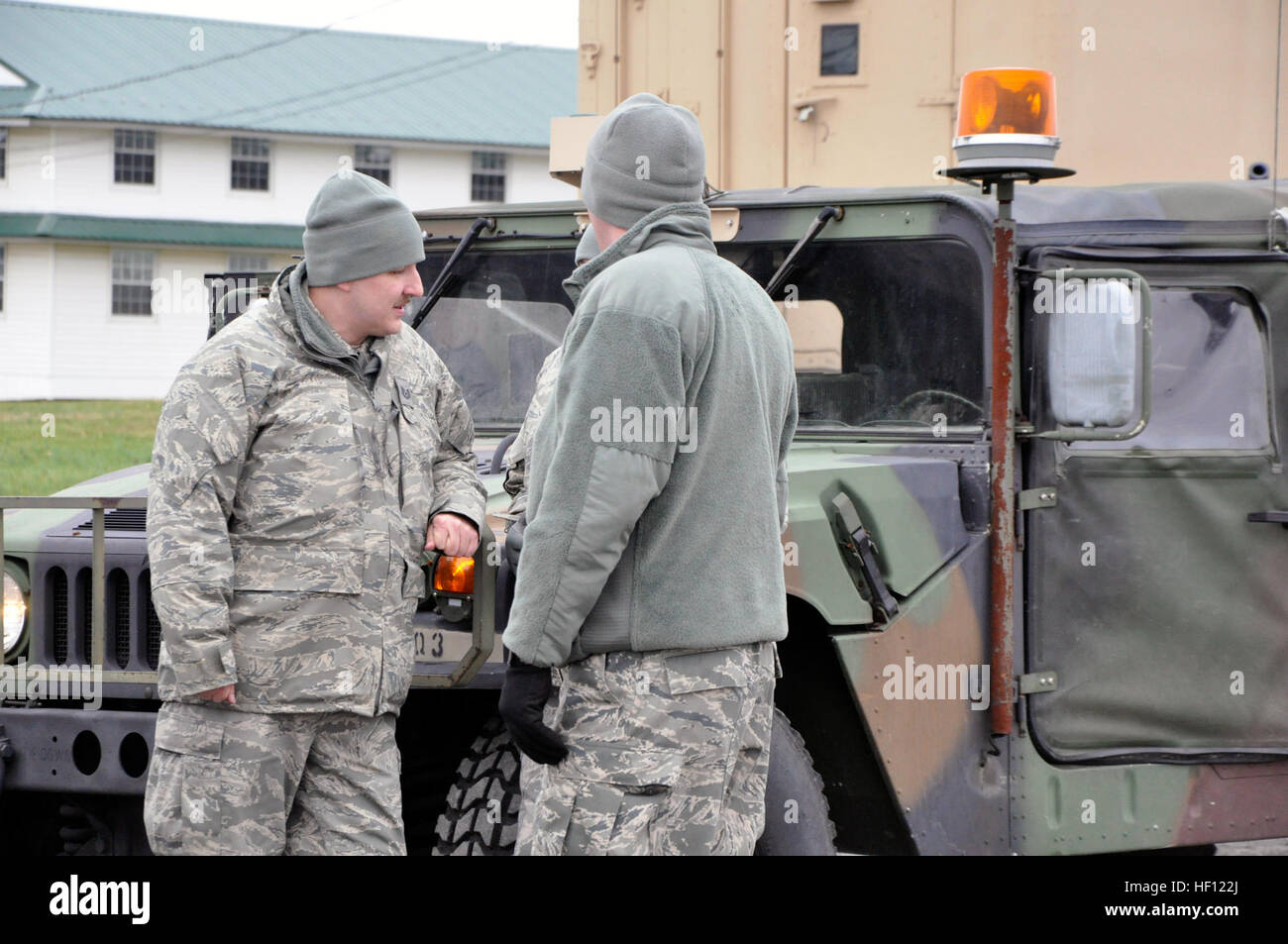 US-Soldaten mit der 28. Military Police Company, Pennsylvania Army National Guard, Vorbereiten von Fort Indiantown Stockfoto