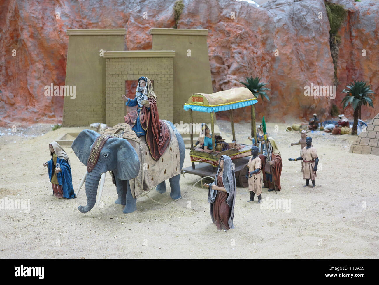 nativity figures stockfotos nativity figures bilder alamy. Black Bedroom Furniture Sets. Home Design Ideas