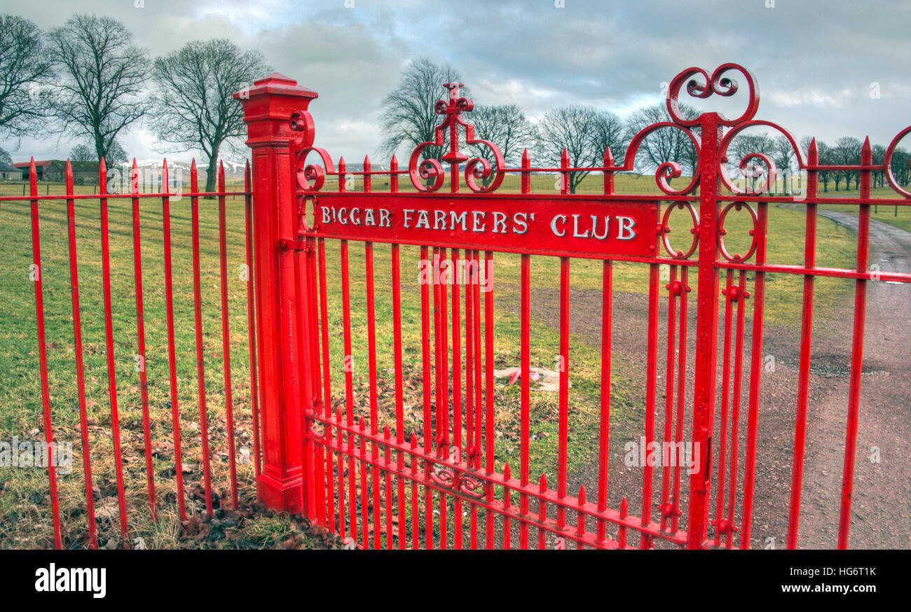 Biggar,Farmers,Farmer,Club,red,gate,painted,field,cloud,cloudy,sky,gates,South,Lanarkshire,Scotland,UK,SLC,rural,agriculture,agricultural,country,countryside,Livestock,Poultry,Equine,Classes,cloudy