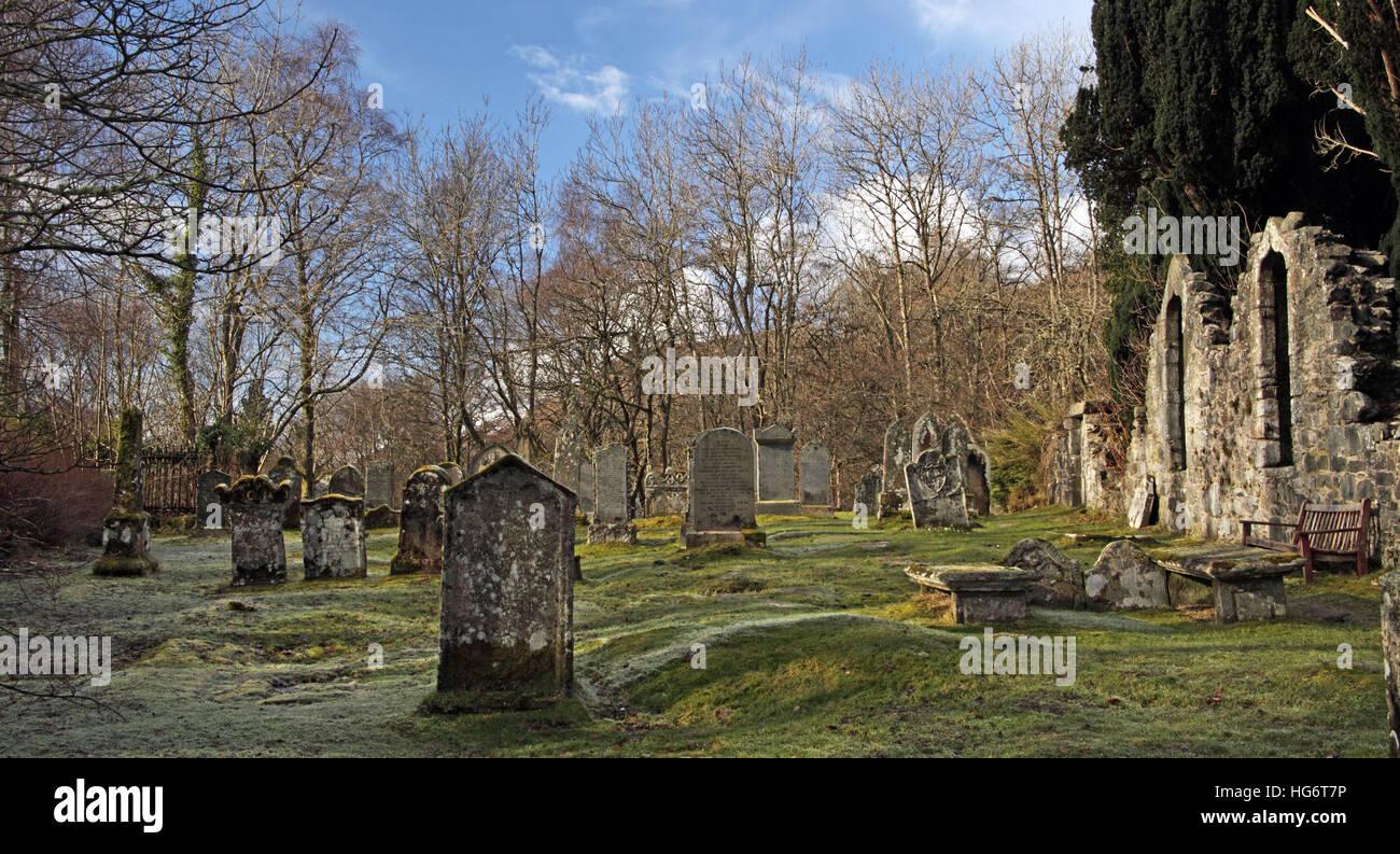 Laden Sie dieses Alamy Stockfoto Zerstörten Friedhof von Balquhidder, Sterling, Schottland, UK - Rob Roy rot MacGregors Ruhestätte - HG6T7P