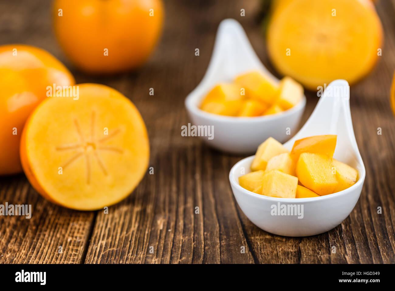 Portion frisch gemacht Kaki Früchte (close-up erschossen; selektiven Fokus) Stockbild